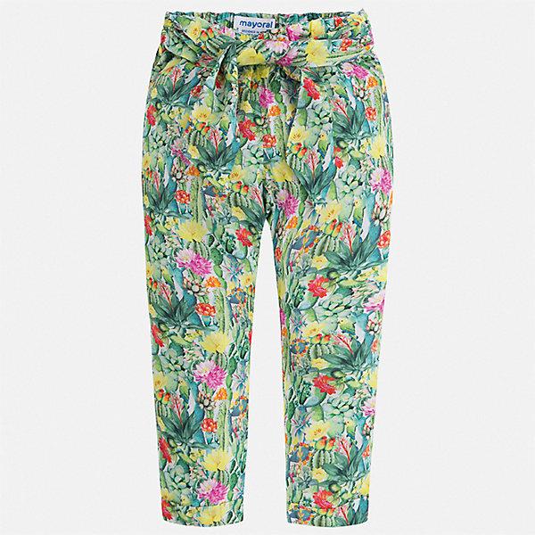 Брюки Mayoral для девочкиБрюки<br>Характеристики товара:<br><br>• цвет: зеленый<br>• состав ткани: 100% вискоза<br>• сезон: лето<br>• талия: резинка<br>• страна бренда: Испания<br>• стиль и качество Mayoral<br><br>Принтованные детские брюки сшиты из легкого качественного материала. Такие брюки для детей не мешают свободной циркуляции воздуха и обеспечивают комфорт. Брюки для девочки благодаря современному продуманному крою стильно выглядят и удобно сидят по фигуре.<br><br>Брюки Mayoral (Майорал) для девочки можно купить в нашем интернет-магазине.<br>Ширина мм: 215; Глубина мм: 88; Высота мм: 191; Вес г: 336; Цвет: зеленый; Возраст от месяцев: 96; Возраст до месяцев: 108; Пол: Женский; Возраст: Детский; Размер: 134,104,128,122,116,110; SKU: 7549345;