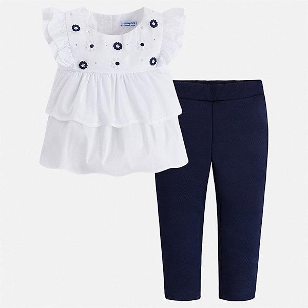 Комплект:брюки,блузка Mayoral для девочкиКомплекты<br>Характеристики товара:<br><br>• цвет: белый, синий<br>• комплектация: леггинсы, блузка<br>• состав ткани блузки: 75% хлопок, 20% полиамид, 5% эластан<br>• состав ткани леггинсов: 96% хлопок, 4% эластан<br>• сезон: лето<br>• пояс: резинка<br>• застежка: пуговицы<br>• короткие рукава<br>• страна бренда: Испания<br><br>Летний комплект - блузка и леггинсы для девочки от Майорал - отлично сочетается между собой, а также с другими вещами. В этом детском наборе - сразу две модные вещи. В блузке и леггинсах для девочки от испанской компании Майорал ребенок будет выглядеть стильно и оригинально.<br><br>Комплект: блузка, леггинсы Mayoral (Майорал) для девочки можно купить в нашем интернет-магазине.<br>Ширина мм: 215; Глубина мм: 88; Высота мм: 191; Вес г: 336; Цвет: синий; Возраст от месяцев: 96; Возраст до месяцев: 108; Пол: Женский; Возраст: Детский; Размер: 134,98,104,110,116,122,128; SKU: 7549405;