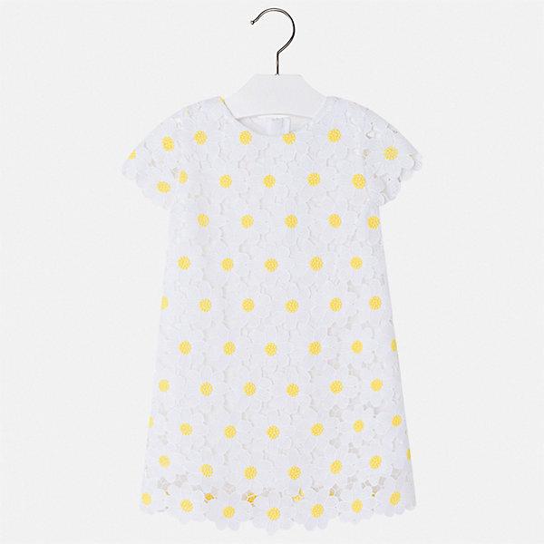 Платье Mayoral для девочкиЛетние платья и сарафаны<br>Характеристики товара:<br><br>• цвет: белый<br>• состав ткани верха: 100% полиэстер<br>• подкладка: 50% полиэстер, 50% хлопок<br>• сезон: лето<br>• застежка: молния<br>• короткие рукава<br>• страна бренда: Испания<br>• стиль и качество Mayoral<br><br>Летнее платье для девочки от Майорал поможет обеспечить ребенку удобство. Детское платье отличается качественными фурнитурой и материалом. Платье для девочки от испанской компании Майорал создали опытные европейские дизайнеры специально для детей.<br><br>Платье для девочки Mayoral (Майорал) можно купить в нашем интернет-магазине.<br>Ширина мм: 236; Глубина мм: 16; Высота мм: 184; Вес г: 177; Цвет: белый; Возраст от месяцев: 96; Возраст до месяцев: 108; Пол: Женский; Возраст: Детский; Размер: 134,92,98,104,110,116,122,128; SKU: 7550078;