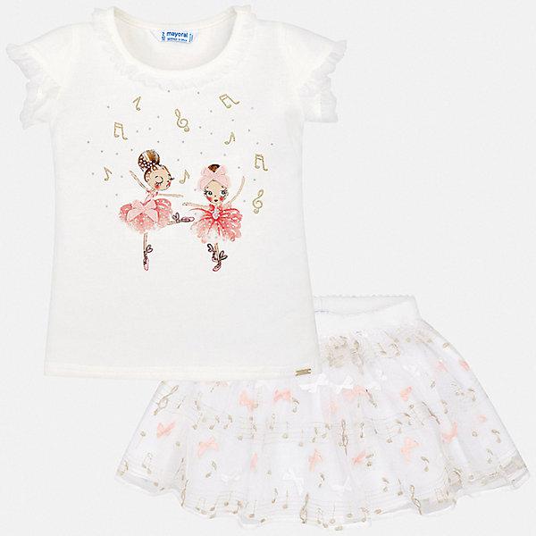 Комплект: юбка Mayoral для девочкиКомплекты<br>Характеристики товара:<br><br>• цвет: белый<br>• комплектация: юбка, футболка<br>• состав ткани футболки: 95% хлопок, 5% эластан<br>• состав ткани юбки: 78% полиамид, 20% полиэстер, 2% металлизированная нить; подкладка - 78% полиэстер, 22% хлопок<br>• сезон: лето<br>• пояс: резинка<br>• короткие рукава<br>• страна бренда: Испания<br>• стиль и качество Mayoral<br><br>Удобные детские юбка и футболка сшиты из качественного материала. Симпатичный комплект - детские юбка и футболка - подойдет для ношения в разных случаях. Этот комплект от Mayoral - отличный способ обеспечить ребенку комфорт в жаркую погоду. <br><br>Комплект: футболка, юбка Mayoral (Майорал) для девочки можно купить в нашем интернет-магазине.<br>Ширина мм: 207; Глубина мм: 10; Высота мм: 189; Вес г: 183; Цвет: бежевый; Возраст от месяцев: 24; Возраст до месяцев: 36; Пол: Женский; Возраст: Детский; Размер: 98,134,128,122,116,110,104; SKU: 7550484;