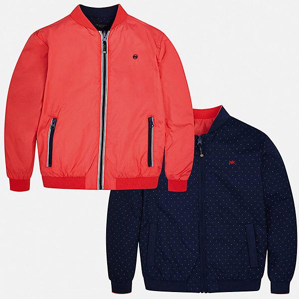Куртка двусторонняя Mayoral для мальчикаВетровки и жакеты<br>Характеристики товара:<br><br>• цвет: синий<br>• состав ткани: 100% полиэстер<br>• подкладка: 100% хлопок<br>• утеплитель: нет<br>• сезон: демисезон<br>• температурный режим: от +5 до +20<br>• особенности куртки: без капюшона, двусторонняя<br>• застежка: молния<br>• страна бренда: Испания<br>• неповторимый стиль Mayoral<br><br>Такая двусторонняя легкая детская куртка сделана из качественного материала. Куртка для мальчика отличается современным продуманным дизайном. В детской куртке кроются сразу две стильные модели. Модель дополнена мягкими манжетами и капюшоном. <br><br>Куртку двустороннюю Mayoral (Майорал) для мальчика можно купить в нашем интернет-магазине.<br>Ширина мм: 356; Глубина мм: 10; Высота мм: 245; Вес г: 519; Цвет: бордовый; Возраст от месяцев: 132; Возраст до месяцев: 144; Пол: Мужской; Возраст: Детский; Размер: 152,140,128/134,170,164,158; SKU: 7556511;