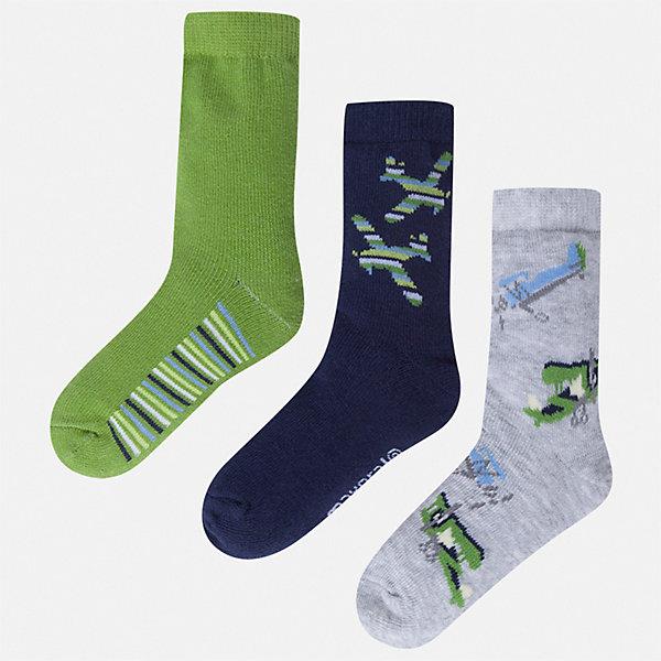 Комплект:3 пары носок Mayoral для мальчикаНоски<br>Характеристики товара:<br><br>• цвет: мульти<br>• комплектация: 3 пары<br>• состав ткани: 70% хлопок, 27% полиамид, 3% эластан<br>• сезон: круглый год<br>• страна бренда: Испания<br>• неповторимый стиль Mayoral<br><br>Удобные детские носки от популярного испанского бренда Mayoral состоят преимущественно из натурального дышащего хлопка. Носки для детей комфортно сидят благодаря мягкой резинке. Для производства детской одежды, в том числе и носков для детей, популярный бренд Mayoral используют только качественные материалы. Оригинальные и модные вещи от Майорал неизменно привлекают внимание и нравятся детям.<br><br>Комплект: 3 пары носков Mayoral (Майорал) для мальчика можно купить в нашем интернет-магазине.<br>Ширина мм: 87; Глубина мм: 10; Высота мм: 105; Вес г: 115; Цвет: зеленый; Возраст от месяцев: 24; Возраст до месяцев: 36; Пол: Мужской; Возраст: Детский; Размер: 24-26,33-35,30-32,27-29; SKU: 7557004;