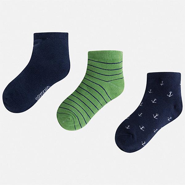 Комплект:3 пары носок Mayoral для мальчикаНоски<br>Характеристики товара:<br><br>• цвет: мульти<br>• комплектация: 3 пары<br>• состав ткани: 67% хлопок, 30% полиамид, 3% эластан<br>• сезон: круглый год<br>• страна бренда: Испания<br>• неповторимый стиль Mayoral<br><br>Комфортные детские носки Mayoral обеспечат ребенку комфорт и аккуратный внешний вид. Набор носков для мальчика от Майорал симпатично смотрится, они удобно сидят благодаря качественному дышащему трикотажу. Эти детские носки от испанской компании Mayoral отличаются оригинальным и стильным дизайном. <br><br>Комплект: 3 пары носков Mayoral (Майорал) для мальчика можно купить в нашем интернет-магазине.<br>Ширина мм: 87; Глубина мм: 10; Высота мм: 105; Вес г: 115; Цвет: зеленый; Возраст от месяцев: 24; Возраст до месяцев: 36; Пол: Мужской; Возраст: Детский; Размер: 24-26,33-35,30-32,27-29; SKU: 7557024;