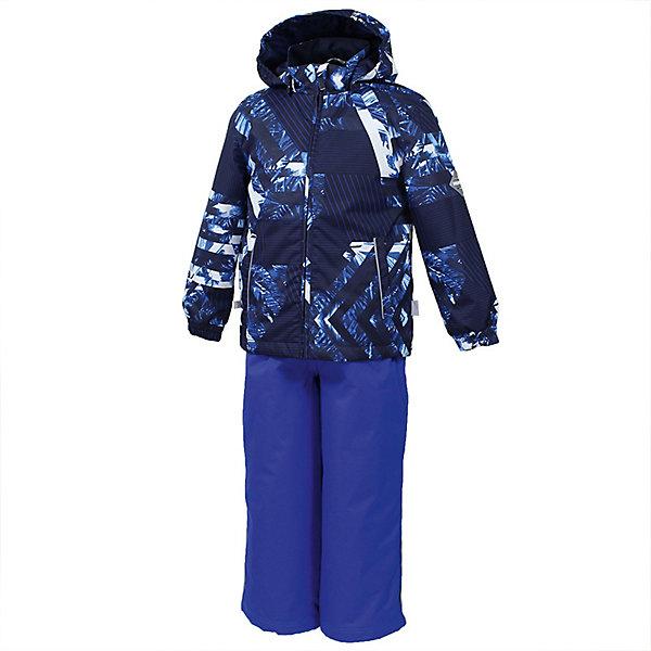 Комплект YOKO HuppaВерхняя одежда<br>Характеристики товара:<br><br>• цвет: синий принт/голубой; <br>• модель: Yoko;<br>• состав: 100% полиэстер;<br>• подкладка: 100% полиэстер, тафта;<br>• утеплитель: 100% полиэстер, куртка - 100 гр., полукомбинезон – 40 гр.;<br>• сезон: демисезон;<br>• температурный режим: от -5 до +10С;<br>• водонепроницаемость: куртка 5000, брюки 10000 мм ;<br>• воздухопроницаемость: куртка 5000, брюки 10000 г/м2/24ч;<br>• ветронепродуваемый;<br>• застежка: молния с защитой подбородка, полукомбинезон на молнии;<br>• сидельный шов проклеен;<br>• съёмный капюшон на кнопках;<br>• эластичная резинка по кромке капюшона;<br>• манжеты рукавов на мягкой эластичной резинке;<br>• регулируемый низ брючин;<br>• шнурок-утяжка со стопером по низу брючин;<br>• без внутренних швов;<br>• два прорезных кармана у куртки;<br>• полукомбинезон на мягких эластичных подтяжках;<br>• подтяжки не отстёгиваются;<br>• светоотражающие элементы;<br>• страна бренда: Эстония;<br>• страна изготовитель: Эстония.<br><br>Утепленный комплект сделан из материала, отталкивающего воду, дополнен подкладкой из тафты и утеплителем, поэтому изделие идеально подходит для межсезонья. Материал изделия - с мембранной технологией: защищает от влаги и ветра, ветронепродуваемый. Демисезонный комплект застёгивается на молнию, манжеты рукавов на мягкой эластичной резинке. Полукомбинезон с подтяжками и регулируемым низом штанин с утяжкой-стопером.<br><br>Комплект YOKO от бренда Huppa (Хуппа) можно купить в нашем интернет-магазине.<br>Ширина мм: 356; Глубина мм: 10; Высота мм: 245; Вес г: 519; Цвет: темно-синий; Возраст от месяцев: 18; Возраст до месяцев: 24; Пол: Унисекс; Возраст: Детский; Размер: 92,122,116,110,104,98; SKU: 7571358;