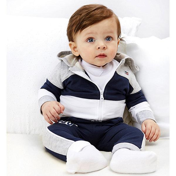Спортивный костюм iDO для мальчикаКомплекты<br>Характеристики товара:<br><br>• цвет: серый<br>• комплектация: толстовка, брюки<br>• состав ткани: 100% хлопок<br>• сезон: демисезон<br>• особенности модели: спортивный стиль, с капюшоном<br>• застежка: молния<br>• пояс: резинка<br>• длинные рукава<br>• страна бренда: Италия<br>• стиль и качество iDO<br><br>Такой детский спортивный костюм от известного бренда iDO из Италии обеспечит ребенку комфорт. Спортивный костюм для ребенка - это толстовка и брюки. Спортивный костюм для мальчика сшит из мягкого натурального хлопкового материала, который отлично подходит малышам.<br><br>Спортивный костюм iDO (АйДу) для мальчика можно купить в нашем интернет-магазине.<br>Ширина мм: 247; Глубина мм: 16; Высота мм: 140; Вес г: 225; Цвет: серый; Возраст от месяцев: 12; Возраст до месяцев: 18; Пол: Мужской; Возраст: Детский; Размер: 86,80,74,68; SKU: 7587737;