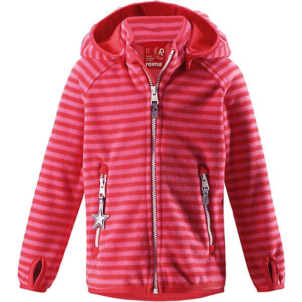 Куртка Vuoksi ReimaОдежда<br>Характеристики товара:<br><br>• цвет: красный в полоску;<br>• состав: 100% полиэстер, полиуретановое покрытие, флис;<br>• подкладка: 100% хлопок, джерси;<br>• без дополнительного утепления;<br>• сезон: демисезон;<br>• температурный режим: от +5° до +15°С;<br>• водонепроницаемость: 3000 мм;<br>• воздухопроницаемость: 3000 мм;<br>• застёжка: молния с защитой подбородка;<br>• куртка из материала windfleece для детей;<br>• из ветронепроницаемого материала, но изделие «дышит»;<br>• материал jersey на оборотной стороне;<br>• водоотталкивающий, ветронепроницаемый и «дышащий» материал;<br>• безопасный съёмный капюшон;<br>• эластичная резинка на кромке капюшона, манжетах и подоле;<br>• отверстие для большого пальца на манжете;<br>• два кармана на молнии;<br>• светоотражающие детали;<br>• страна бренда: Финляндия.<br><br>В этой куртке Reima из материала windfleece маленьких покорителей погоды не остановит ни дождь, ни ветер! Эластичная куртка сшита из дышащего флиса с внутренней ветронепроницаемой мембраной. Она брызгозащищенная и водонепроницаемая. Удлиненные рукава с отверстиями для больших пальцев защищают маленькие запястья от холода. <br>Съемный капюшон обеспечивает защиту от холодного весеннего и осеннего ветра, а также безопасен во время игр на свежем воздухе! Два кармана на молнии надежно сохранят все важные мелочи во время веселых игр на воздухе. Эта куртка предназначена для подвижных детей и для любых видов активного отдыха на свежем воздухе – а в мороз ее можно поддевать в качестве промежуточного слоя под зимнюю куртку.<br><br>Куртку Reima от финского бренда Reima (Рейма) можно купить в нашем интернет-магазине.<br>Ширина мм: 356; Глубина мм: 10; Высота мм: 245; Вес г: 519; Цвет: красный; Возраст от месяцев: 108; Возраст до месяцев: 120; Пол: Унисекс; Возраст: Детский; Размер: 140,92,98,104,110,116,122,128,134; SKU: 7632662;