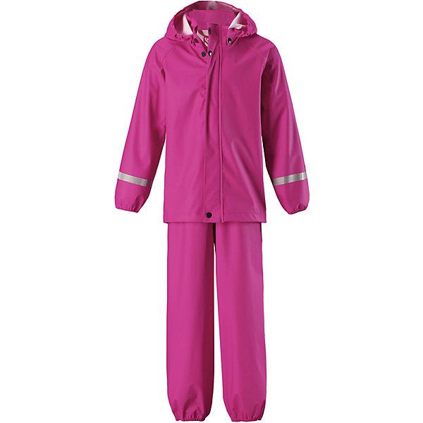Непромокаемый комплект: куртка и брюки Viima ReimaОдежда<br>Характеристики товара:<br><br>• цвет: розовый;<br>• состав: 100% полиамид, полиуретановое покрытие;<br>• сезон: демисезон;<br>• температурный режим: от +10 до +20С;<br>• водонепроницаемость: 10000 мм;<br>• застёжка: молния с защитой подбородка;<br>• запаянные швы, не пропускающие влагу;<br>• эластичный материал;<br>• не содержит ПВХ;<br>• безопасный, съёмный капюшон;<br>• эластичные манжеты на рукавах и брючинах;<br>• эластичная талия;<br>• съёмные штрипки в размерах от 104 до 128 см;<br>• светоотражающие детали;<br>• страна бренда: Финляндия.<br><br>Классический детский комплект для дождливой погоды надежно защищает от дождя и слякоти. Запаянные водонепроницаемые швы гарантируют, что ни одна капелька не просочится вовнутрь. Съемный капюшон защищает от пронизывающего ветра и безопасен во время игр на свежем воздухе даже во время дождя. Кнопки легко отстегиваются, если капюшон случайно за что-нибудь зацепится. Благодаря множеству светоотражающих деталей маленьких любителей приключений будет хорошо видно даже в темное время суток. Этот комплект изготовлен из материала, не содержащего ПВХ и сертифицированного по стандарту Oeko-Tex.<br><br>Комплект Reima от финского бренда Reima (Рейма) можно купить в нашем интернет-магазине.<br>Ширина мм: 356; Глубина мм: 10; Высота мм: 245; Вес г: 519; Цвет: розовый; Возраст от месяцев: 60; Возраст до месяцев: 72; Пол: Унисекс; Возраст: Детский; Размер: 116,140,134,128,122; SKU: 7633104;
