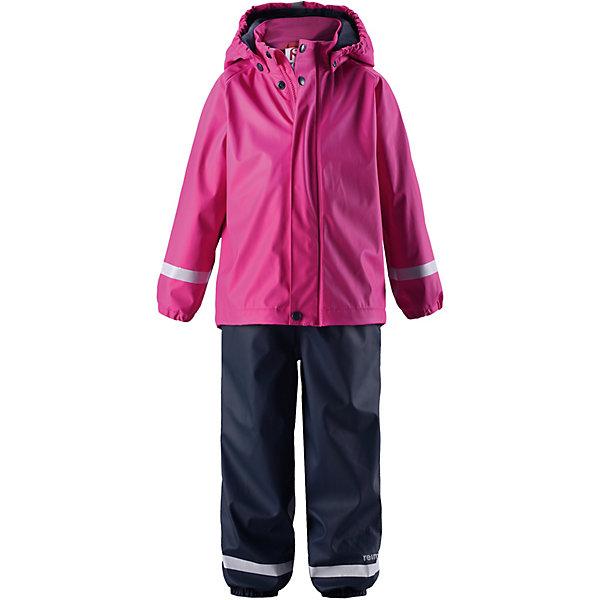 Непромокаемый комплект: брюки и полукомбинезон Joki ReimaОдежда<br>Комплект Reima <br>Классический детский комплект для дождливой погоды надежно защищает от дождя и слякоти. Запаянные водонепроницаемые швы гарантируют, что ни одна капелька не просочится вовнутрь. Съемный капюшон защищает от пронизывающего ветра и безопасен во время игр на свежем воздухе даже во время дождя. Кнопки легко отстегиваются, если капюшон случайно за что-нибудь зацепится. Благодаря множеству светоотражающих деталей маленьких любителей приключений будет хорошо видно даже в темное время суток. Этот комплект изготовлен из материала, не содержащего ПВХ и сертифицированного по стандарту Oeko-Tex.<br>Состав:<br>100% Полиэстер, полиуретановое покрытие<br>Ширина мм: 356; Глубина мм: 10; Высота мм: 245; Вес г: 519; Цвет: розовый; Возраст от месяцев: 12; Возраст до месяцев: 18; Пол: Унисекс; Возраст: Детский; Размер: 86,128,122,116,110,104,98,92; SKU: 7633116;