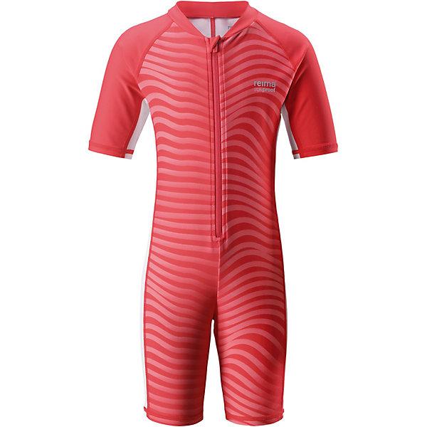 Купальный костюм Galapagos ReimaОдежда<br>Характеристики товара:<br><br>• цвет: розовый;<br>• состав: 80% Полиамид, 20% эластан;<br>• сезон: лето;<br>• застёжка: молния с защитой подбородка;<br>• купальный комбинезон для малышей SunProof;<br>• рукава до локтей и штанины до колен;<br>• фактор защиты от ультрафиолета 50+;<br>• Reima SunProof®;<br>• полуавтоматическая застежка на молнии, защищающая от случайного открытия;<br>• принт по всей поверхности;<br>• страна бренда: Финляндия.<br><br>Этот цельный купальный костюм сделает принятие солнечных ванн безопасными. Купальный костюм для детей из материала SunProof предназначен как для веселых плесканий в воде, так и для игр на пляже. Купальный костюм обеспечивает эффективную защиту от вредных солнечных лучей вплоть до локтей и колен благодаря УФ-фильтру 50+. Еще этот эластичный материал быстро сохнет, а молния спереди облегчает процесс одевания.<br><br>Купальный костюм Reima от финского бренда Reima (Рейма) можно купить в нашем интернет-магазине.<br>Ширина мм: 183; Глубина мм: 60; Высота мм: 135; Вес г: 119; Цвет: красный; Возраст от месяцев: 18; Возраст до месяцев: 24; Пол: Унисекс; Возраст: Детский; Размер: 92,140,134,128,122,116,110,104,98; SKU: 7633234;