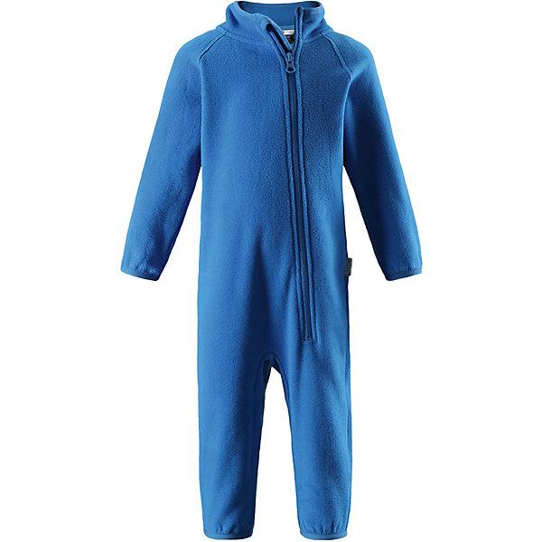 Флисовый комбинезон LassieФлис и термобелье<br>Характеристики товара:<br><br>• цвет: голубой;<br>• состав: 100% полиэстер, флис;<br>• сезон: демисезон;<br>• застёжка: молния с защитой подбородка;<br>• выводит влагу в верхние слои одежды;<br>• дышащий, тёплый и быстросохнущий флис;<br>• эластичный воротник, манжеты на рукавах и брючинах;<br>• страна бренда: Финляндия.<br><br>Флисовый комбинезон для малышей для прохладной погоды. Можно использовать как верхнюю одежду в сухую погоду весной или поддевать в качестве промежуточного слоя в холода, тогда дышащий материал будет отводить влагу в верхний слой одежды. Высококачественный полярный флис – это очень мягкий, теплый, эластичный, легкий и быстросохнущий материал, он идеально подходит для активных прогулок. Молния во всю длину с защитой для подбородка облегчает одевание. Важно обращать внимание на продуманную отделку: эластичный воротник, манжеты на рукавах и брючинах. Этот комбинезон подарит комфорт даже самой нежной детской коже.<br><br>Комбинезон Lassie (Ласси) можно купить в нашем интернет-магазине.<br>Ширина мм: 219; Глубина мм: 11; Высота мм: 262; Вес г: 314; Цвет: синий; Возраст от месяцев: 3; Возраст до месяцев: 6; Пол: Унисекс; Возраст: Детский; Размер: 68,98,92,86,80,74; SKU: 7635275;