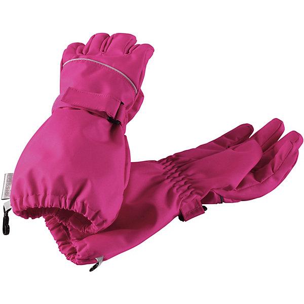 Перчатки LassieПерчатки и варежки<br>Характеристики товара:<br><br>• цвет: розовый;<br>• состав: 100% полиэстер, полиуретановое покрытие;<br>• подкладка: 100% полиэстер с начёсом;<br>• без дополнительного утепления;<br>• сезон: демисезон;<br>• температурный режим: +5 до +15С;<br>• водонепроницаемость: 5000 мм;<br>• воздухопроницаемость: 5000 мм;<br>• износостойкость: 20000 циклов (тест Мартиндейла);<br>• застёжка: ремешок-утяжка на липучке;<br>• водо- и ветронепроницаемый, дышащий материал;<br>• усиленные накладки на ладонях и кончиках пальцев;<br>• подкладка из полиэстера с начёсом;<br>• прочный материал;<br>• светоотражающие детали;<br>• страна бренда: Финляндия.<br><br>Самые популярные демисезонные варежки для малышей. Благодаря водонепроницаемому материалу эти варежки не пропустят внутрь ни воду, ни сырость – сколько бы луж не пришлось изучить вашему малышу. Прочный ветронепроницаемый материал также имеет грязеотталкивающую поверхность, а значит, очень прост в уходе. Удобная трикотажная подкладка из полиэстера с начесом очень приятная на ощупь и не парит. Практичные детали просто незаменимы: застежка-липучка сзади для удобства регулирования и светоотражающий кант по верху. <br><br>Перчатки Lassie (Ласси) можно купить в нашем интернет-магазине.<br>Ширина мм: 162; Глубина мм: 171; Высота мм: 55; Вес г: 119; Цвет: розовый; Возраст от месяцев: 24; Возраст до месяцев: 48; Пол: Унисекс; Возраст: Детский; Размер: 3,6,5,4; SKU: 7636022;