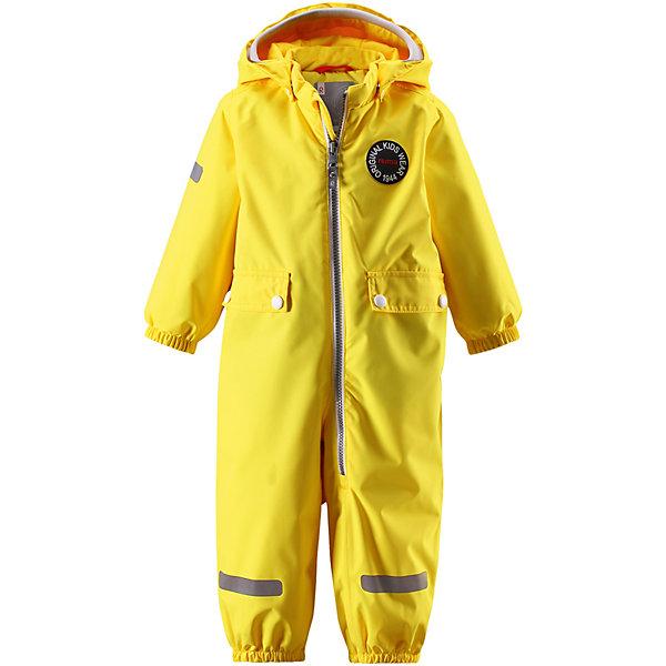 Комбинезон Fangan ReimaВерхняя одежда<br>Характеристики товара:<br><br>• цвет: жёлтый;<br>• состав: 100% полиамид, полиуретановое покрытие;<br>• подкладка: 100% полиэстер;<br>• без дополнительного утепления;<br>• сезон: демисезон;<br>• температурный режим: от +5° до +15°С;<br>• водонепроницаемость: 8000 мм;<br>• воздухопроницаемость: 7000 мм;<br>• износостойкость: 30000 циклов (тест Мартиндейла);<br>• застёжка: молния с защитой подбородка;<br>• основные швы проклеены и не пропускают влагу;<br>• водо- и ветронепроницаемый, «дышащий» и грязеотталкивающий материал;<br>• водо- и грязеотталкивающая пропитка без содержания фторуглеродов BIONIC-FINISH®ECO<br>• гладкая подкладка из полиэстера;<br>• безопасный съёмный капюшон;<br>• мягкая резинка на кромке капюшона;<br>• эластичные манжеты на рукавах и брючинах;<br>• внутренняя регулировка обхвата талии;<br>• два кармана с кнопками;<br>• прочные эластичные штрипки;<br>• светоотражающие детали;<br>• страна бренда: Финляндия.<br><br>Теперь дожденепроницаемый утеплённый комбинезон появился в ярких модных цветах сезона. На его создание нас вдохновили костюмы от Reima® 70-х годов. На комбинезоне много светоотражающих деталей и большие карманы с клапанами, где можно хранить маленькие сокровища. Комбинезон сделан из ветронепроницаемого, пропускающего воздух материала, который также отталкивает воду и грязь. Самые важные швы проклеены для создания водонепроницаемости. Теперь одежде не страшны ни дождь, ни снег. <br><br>При желании комбинезон прямого покроя можно регулировать по фигуре на талии. Съёмный капюшон не только защищает от холодного ветра, но и безопасен во время игр на свежем воздухе. Если закреплённый кнопками капюшон зацепится за что-нибудь, он легко отстегнётся. Регулируемый капюшон отделан мягкой вязаной резинкой, что вместе со стильными деталями делает образ более интересным. Благодаря силиконовым штрипкам, брючины остаются на месте при ходьбе.<br><br>Комбинезон Reima от финского бренда Reima (Рейма) можно купить в на