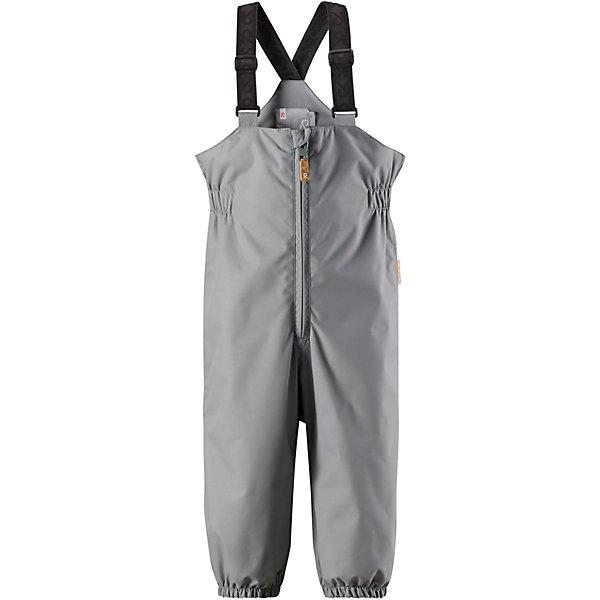 Полукомбинезон Erft ReimaВерхняя одежда<br>Характеристики товара:<br><br>• цвет: серый;<br>• состав: 100% полиамид, полиуретановое покрытие;<br>• подкладка: 100% полиэстер;<br>• без дополнительного утепления;<br>• сезон: демисезон;<br>• температурный режим: от +5 до +15С;<br>• водонепроницаемость: 8000 мм;<br>• воздухопроницаемость: 7000 мм;<br>• износостойкость: 30000 циклов (тест Мартиндейла);<br>• застёжка: молния с защитным кармашком;<br>• водо- и ветронепроницаемый, «дышащий» и грязеотталкивающий материал;<br>• водо- и грязеотталкивающая пропитка без содержания фторуглеродов BIONIC-FINISH®ECO;<br>• основные швы проклеены и не пропускают влагу;<br>• гладкая подкладка из полиэстера;<br>• высокая талия с регулируемыми подтяжками;<br>• эластичные манжеты на брючинах;<br>• съёмные эластичные штрипки;<br>• светоотражающие детали;<br>• страна бренда: Финляндия.<br><br>Эти водонепроницаемые брюки для малышей для прогулок на воздухе весной и осенью гарантируют надежную защиту от ветра и дождя. Они хорошо комбинируются со всеми демисезонными куртками для младенцев Reima®. Удобные, эластичные подтяжки регулируются, предоставляя пространство на вырост. Эластичные штрипки удобно фиксируют низ брючин при ходьбе, защищая щиколотки во время игр на воздухе.<br><br>Брюки Reima от финского бренда Reima (Рейма) можно купить в нашем интернет-магазине.<br>Ширина мм: 215; Глубина мм: 88; Высота мм: 191; Вес г: 336; Цвет: серый; Возраст от месяцев: 24; Возраст до месяцев: 36; Пол: Унисекс; Возраст: Детский; Размер: 98,80,86,92; SKU: 7636480;