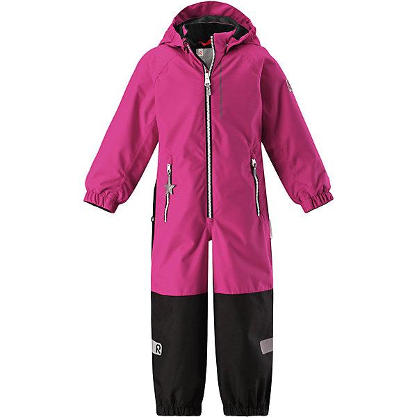 Комбинезон Kiddo Kapelli Reimatec® ReimaВерхняя одежда<br>Характеристики товара:<br><br>• цвет: розовый;<br>• состав: 100% полиамид, полиуретановое покрытие;<br>• подкладка: 100% полиэстер;<br>• без дополнительного утепления;<br>• сезон: демисезон;<br>• температурный режим: от +5° до +15°С;<br>• водонепроницаемость: 8000/10000 мм;<br>• воздухопроницаемость: 7000/5000 мм;<br>• износостойкость: 30000/50000 циклов (тест Мартиндейла);<br>• застёжка: молния с защитой подбородка;<br>• все швы проклеены и не пропускают влагу;<br>• водо- и ветронепроницаемый, «дышащий» и грязеотталкивающий материал;<br>• водо- и грязеотталкивающая пропитка без содержания фторуглеродов BIONIC-FINISH®ECO;<br>• очень прочные усиленные вставки на штанинах;<br>• сетчатая подкладка вдоль тела, гладкая подкладка из полиэстера на рукавах и брючинах;<br>• безопасный съёмный капюшон;<br>• эластичные манжеты на рукавах и брючинах;<br>• внутренняя регулировка обхвата талии;<br>• карман со специальными креплениями для сенсора ReimaGO® в моделях 104 размера и более<br>• два кармана на молнии;<br>• прочные силиконовые штрипки;<br>• светоотражающие детали;<br>• страна бренда: Финляндия.<br><br>Детский водонепроницаемый комбинезон Reimatec® Kiddo щеголяет свежими весенними расцветками и множеством практичных деталей! Он сшит из ветронепроницаемого и дышащего материала, обладающего водо- и грязеотталкивающими свойствами. Все швы в нем герметично запаяны, поэтому даже ливень не помешает веселым играм на свежем воздухе! <br><br>Нижняя часть изготовлена из высокопрочного материала. Красивая и гладкая подкладка поможет одеться легко и быстро. Безопасный съемный капюшон легко отстегивается, если случайно за что-нибудь зацепится, а все найденные за день маленькие сокровища будут надежно спрятаны в карманах на молнии со светоотражающими элементами.<br><br>Комбинезон Reima от финского бренда Reima (Рейма) можно купить в нашем интернет-магазине.<br>Ширина мм: 356; Глубина мм: 10; Высота мм: 245; Вес г: 519; Цвет: роз
