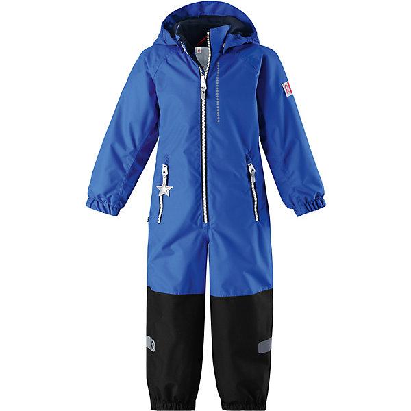 Комбинезон Kiddo Kapelli ReimaВерхняя одежда<br>Характеристики товара:<br><br>• цвет: синий;<br>• состав: 100% полиамид, полиуретановое покрытие;<br>• подкладка: 100% полиэстер;<br>• без дополнительного утепления;<br>• сезон: демисезон;<br>• температурный режим: от +5° до +15°С;<br>• водонепроницаемость: 8000/10000 мм;<br>• воздухопроницаемость: 7000/5000 мм;<br>• износостойкость: 30000/50000 циклов (тест Мартиндейла);<br>• застёжка: молния с защитой подбородка;<br>• все швы проклеены и не пропускают влагу;<br>• водо- и ветронепроницаемый, «дышащий» и грязеотталкивающий материал;<br>• водо- и грязеотталкивающая пропитка без содержания фторуглеродов BIONIC-FINISH®ECO;<br>• очень прочные усиленные вставки на штанинах;<br>• сетчатая подкладка вдоль тела, гладкая подкладка из полиэстера на рукавах и брючинах;<br>• безопасный съёмный капюшон;<br>• эластичные манжеты на рукавах и брючинах;<br>• внутренняя регулировка обхвата талии;<br>• карман со специальными креплениями для сенсора ReimaGO® в моделях 104 размера и более<br>• два кармана на молнии;<br>• прочные силиконовые штрипки;<br>• светоотражающие детали;<br>• страна бренда: Финляндия.<br><br>Детский водонепроницаемый комбинезон Reimatec® Kiddo щеголяет свежими весенними расцветками и множеством практичных деталей! Он сшит из ветронепроницаемого и дышащего материала, обладающего водо- и грязеотталкивающими свойствами. Все швы в нем герметично запаяны, поэтому даже ливень не помешает веселым играм на свежем воздухе! <br><br>Нижняя часть изготовлена из высокопрочного материала. Красивая и гладкая подкладка поможет одеться легко и быстро. Безопасный съемный капюшон легко отстегивается, если случайно за что-нибудь зацепится, а все найденные за день маленькие сокровища будут надежно спрятаны в карманах на молнии со светоотражающими элементами.<br><br>Комбинезон Reima от финского бренда Reima (Рейма) можно купить в нашем интернет-магазине.<br>Ширина мм: 356; Глубина мм: 10; Высота мм: 245; Вес г: 519; Цвет: синий; Возраст 