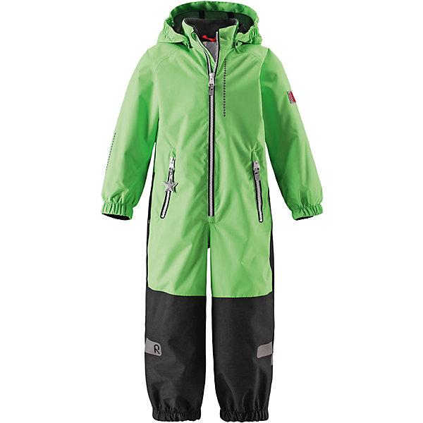 Комбинезон Kiddo Kapelli Reimatec® ReimaВерхняя одежда<br>Характеристики товара:<br><br>• цвет: зелёный;<br>• состав: 100% полиамид, полиуретановое покрытие;<br>• подкладка: 100% полиэстер;<br>• без дополнительного утепления;<br>• сезон: демисезон;<br>• температурный режим: от +5° до +15°С;<br>• водонепроницаемость: 8000/10000 мм;<br>• воздухопроницаемость: 7000/5000 мм;<br>• износостойкость: 30000/50000 циклов (тест Мартиндейла);<br>• застёжка: молния с защитой подбородка;<br>• все швы проклеены и не пропускают влагу;<br>• водо- и ветронепроницаемый, «дышащий» и грязеотталкивающий материал;<br>• водо- и грязеотталкивающая пропитка без содержания фторуглеродов BIONIC-FINISH®ECO;<br>• очень прочные усиленные вставки на штанинах;<br>• сетчатая подкладка вдоль тела, гладкая подкладка из полиэстера на рукавах и брючинах;<br>• безопасный съёмный капюшон;<br>• эластичные манжеты на рукавах и брючинах;<br>• внутренняя регулировка обхвата талии;<br>• карман со специальными креплениями для сенсора ReimaGO® в моделях 104 размера и более<br>• два кармана на молнии;<br>• прочные силиконовые штрипки;<br>• светоотражающие детали;<br>• страна бренда: Финляндия.<br><br>Детский водонепроницаемый комбинезон Reimatec® Kiddo щеголяет свежими весенними расцветками и множеством практичных деталей! Он сшит из ветронепроницаемого и дышащего материала, обладающего водо- и грязеотталкивающими свойствами. Все швы в нем герметично запаяны, поэтому даже ливень не помешает веселым играм на свежем воздухе! <br><br>Нижняя часть изготовлена из высокопрочного материала. Красивая и гладкая подкладка поможет одеться легко и быстро. Безопасный съемный капюшон легко отстегивается, если случайно за что-нибудь зацепится, а все найденные за день маленькие сокровища будут надежно спрятаны в карманах на молнии со светоотражающими элементами.<br><br>Комбинезон Reima от финского бренда Reima (Рейма) можно купить в нашем интернет-магазине.<br>Ширина мм: 356; Глубина мм: 10; Высота мм: 245; Вес г: 519; Цвет: зел