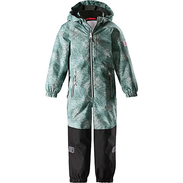 Комбинезон Kiddo Karikko Reimatec® ReimaВерхняя одежда<br>Характеристики товара:<br><br>• цвет: зелёный;<br>• состав: 100% полиамид, полиуретановое покрытие;<br>• подкладка: 100% полиэстер;<br>• без дополнительного утепления;<br>• сезон: демисезон;<br>• температурный режим: от +5° до +15°С;<br>• водонепроницаемость: 8000/10000 мм;<br>• воздухопроницаемость: 7000/5000 мм;<br>• износостойкость: 30000/50000 циклов (тест Мартиндейла);<br>• застёжка: молния с защитой подбородка;<br>• все швы проклеены и не пропускают влагу;<br>• водо- и ветронепроницаемый, «дышащий» и грязеотталкивающий материал;<br>• водо- и грязеотталкивающая пропитка без содержания фторуглеродов BIONIC-FINISH®ECO;<br>• очень прочные усиленные вставки на штанинах;<br>• сетчатая подкладка вдоль тела, гладкая подкладка из полиэстера на рукавах и брючинах;<br>• безопасный съёмный капюшон;<br>• эластичные манжеты на рукавах и брючинах;<br>• внутренняя регулировка обхвата талии;<br>• карман со специальными креплениями для сенсора ReimaGO® в моделях 104 размера и более<br>• два кармана на молнии;<br>• прочные силиконовые штрипки;<br>• светоотражающие детали;<br>• страна бренда: Финляндия.<br><br>Детский водонепроницаемый комбинезон Reimatec® Kiddo щеголяет свежими весенними расцветками и множеством практичных деталей! Он сшит из ветронепроницаемого и дышащего материала, обладающего водо- и грязеотталкивающими свойствами. Все швы в нем герметично запаяны, поэтому даже ливень не помешает веселым играм на свежем воздухе! <br><br>Нижняя часть изготовлена из высокопрочного материала. Красивая и гладкая подкладка поможет одеться легко и быстро. Безопасный съемный капюшон легко отстегивается, если случайно за что-нибудь зацепится, а все найденные за день маленькие сокровища будут надежно спрятаны в карманах на молнии со светоотражающими элементами.<br><br>Комбинезон Reima от финского бренда Reima (Рейма) можно купить в нашем интернет-магазине.<br>Ширина мм: 356; Глубина мм: 10; Высота мм: 245; Вес г: 519; Цвет: зел