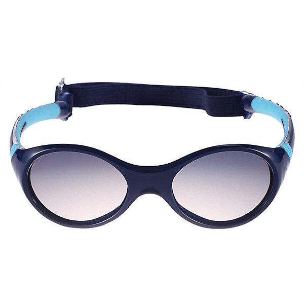 Солнцезащитные очки Maininki ReimaСолнцезащитные очки<br>Характеристики товара:<br><br>• цвет: синий;<br>• оправа: TPEE/TPR/TR90/Резина;<br>• линзы: PC;<br>• сезон: лето;<br>• солнцезащитные очки для малышей;<br>• рекомендуется для детей возраста 2+;<br>• защита от ультрафиолетовых лучей спектра A и спектра B класса 5;<br>• зеркальные линзы, обработанные противотуманным покрытием;<br>• мягкая и эластичная оправа из TPEE и резины;<br>• имеется защитный чехол;<br>• съёмный ластичный кант;<br>• европейский сертификат соответсвия;<br>• страна бренда: Финляндия.<br><br>Солнцезащитные очки для малышей и детей постарше самый важный аксессуар летнего сезона! Нужно обязательно защищать маленькие глазки от вредного ультрафиолета. Линзы в этих очках обеспечивают комплексную защиту от УФА и УФВ лучей. <br><br>Очки сертифицированы по стандартам ЕС. Поставляются в комплекте с удобным чехлом. Рекомендованы для детей от 2 лет. Симпатичные очки ярких расцветок очень удобны в использовании благодаря съемной эластичной резинке.<br><br>Солнцезащитные очки Reima от финского бренда Reima (Рейма) можно купить в нашем интернет-магазине.<br>Ширина мм: 170; Глубина мм: 157; Высота мм: 67; Вес г: 117; Цвет: синий; Возраст от месяцев: 48; Возраст до месяцев: 168; Пол: Унисекс; Возраст: Детский; Размер: one size; SKU: 7636902;