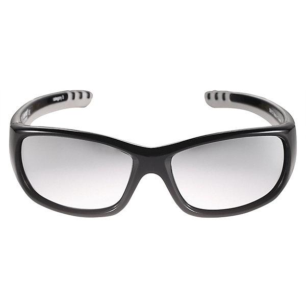 Солнцезащитные очки Sereno ReimaСолнцезащитные очки<br>Характеристики товара:<br><br>• цвет: чёрный;<br>• оправа: TPEE/TPR/TR90/Резина;<br>• линзы: PC;<br>• сезон: лето;<br>• солнцезащитные очки для детей;<br>• рекомендуется для детей возраста 4+;<br>• защита от ультрафиолетовых лучей спектра A и спектра B класса 5;<br>• зеркальные линзы, обработанные противотуманным покрытием;<br>• мягкая и эластичная оправа из TPEE и резины;<br>• имеется защитный чехол;<br>• европейский сертификат соответствия;<br>• страна бренда: Финляндия.<br><br>Стильные детские солнцезащитные очки с эффективной защитой от вредного ультрафиолета: линзы обеспечивают комплексную защиту от УФА и УФВ лучей, а сами очки сертифицированы по стандартам ЕС. Поляризованные зеркальные линзы улучшают видимость за счет блокирования бликов, особенно когда вокруг много снега или воды. <br><br>Модный дизайн подойдет на все случаи жизни веселые расцветки отлично сочетаются с разной одеждой. Очки поставляются в комплекте с удобным чехлом для защиты и хранения.<br><br>Солнцезащитные очки Reima от финского бренда Reima (Рейма) можно купить в нашем интернет-магазине.<br>Ширина мм: 170; Глубина мм: 157; Высота мм: 67; Вес г: 117; Цвет: черный; Возраст от месяцев: 48; Возраст до месяцев: 168; Пол: Унисекс; Возраст: Детский; Размер: one size; SKU: 7636914;