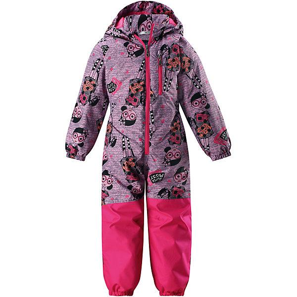 Комбинезон LassieВерхняя одежда<br>Характеристики товара:<br><br>• цвет: розовый;<br>• состав: 100% полиэстер, полиуретановое покрытие;<br>• подкладка: 100% полиэстер;<br>• без дополнительного утепления;<br>• сезон: демисезон;<br>• температурный режим: от +5° до +15°С;<br>• водонепроницаемость: 1000 мм;<br>• воздухопроницаемость: 2000/1000 мм;<br>• износостойкость: 15000/50000 циклов (тест Мартиндейла);<br>• застёжка: молния с защитой подбородка;<br>• прочные усиленные вставки;<br>• водоотталкивающий, ветронепроницаемый и дышащий материал;<br>• задний серединный шов проклеен;<br>• подкладка из mesh-сетки;<br>• гладкая подкладка из полиэстера;<br>• безопасный съёмный капюшон;<br>• эластичные манжеты на рукавах и брючинах;<br>• эластичная талия;<br>• съёмные штрипки;<br>• нагрудный карман на молнии;<br>• светоотражающие детали;<br>• страна бренда: Финляндия.<br><br>Практичный детский демисезонный комбинезон. Материал, из которого он сшит, — водоотталкивающий и ветронепроницаемый, и в то же время комфортный и дышащий. Нижняя часть комбинезона — от седалища до самой талии — усилена теплым материалом, который гарантирует еще большую износостойкость. Гладкая подкладка из полиэстера на утеплителе облегчает одевание. <br><br>Съемный капюшон обеспечивает дополнительную безопасность во время прогулок, а эластичные концы брючин и съемные штрипки не пустят внутрь холод и влагу. В нем множество продуманных элементов, например нагрудный карман на молнии и светоотражатели. Этот веселый детский демисезонный комбинезон не только отлично смотрится, но еще и оснащен множеством практичных деталей!   <br><br>Комбинезон Lassie (Ласси) можно купить в нашем интернет-магазине.<br>Ширина мм: 356; Глубина мм: 10; Высота мм: 245; Вес г: 519; Цвет: розовый; Возраст от месяцев: 18; Возраст до месяцев: 24; Пол: Унисекс; Возраст: Детский; Размер: 92,128,122,116,110,104,98; SKU: 7637020;
