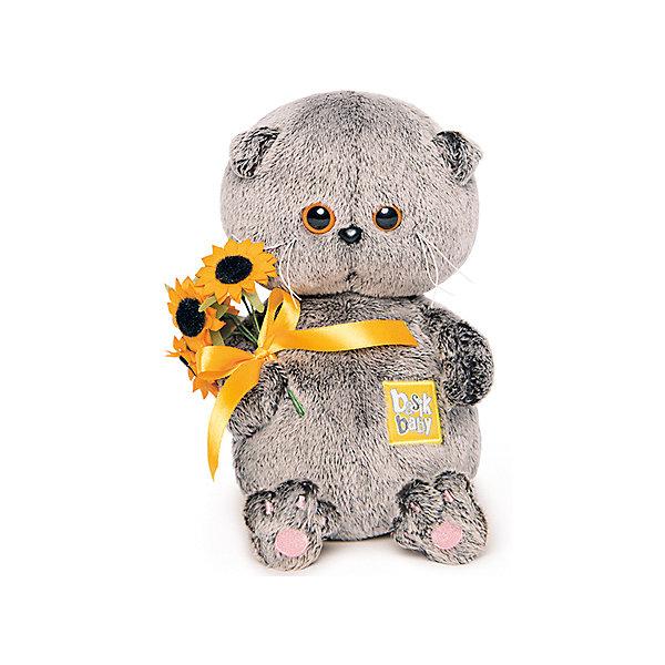 Мягкая игрушка Budi Basa Басик Baby с подсолнухами, 20смМягкие игрушки животные<br>Характеристики:<br><br>• возраст: 3+;<br>• цвет: коричневый; <br>• высота игрушки: 20 см;<br>• материал: искусственный мех, текстиль, пластик;<br>• габариты упаковки: 21,5х15х11 см;<br>• тип упаковки: картонная коробка открытого типа;<br>• вес в упаковке: 240 г.<br><br>Басик – озорной котенок с милыми глазками, который очень любит игры и развлечения.<br><br>Веселый котенок выполнен из искусственного меха натуральных цветов. Материал очень нежный и приятный на ощупь. Благодаря комбинированной набивке, игрушку удобно держать в руках, играть и спать с ней.<br><br>У Басика в лапках маленький букет подсолнухов. Каждый котенок из коллекции имеет свой неповторимый стиль. <br><br>Симпатичный котик обязательно порадует не только малышей, но и взрослых. Мягкая игрушка в фирменной упаковке – хороший подарок к празднику.<br><br>Мягкую игрушку «Басик Baby с подсолнухами, 20 см», Budi Basa можно приобрести в нашем интернет-магазине.<br>Ширина мм: 215; Глубина мм: 150; Высота мм: 110; Вес г: 240; Цвет: коричневый; Возраст от месяцев: 36; Возраст до месяцев: 168; Пол: Унисекс; Возраст: Детский; SKU: 7685904;