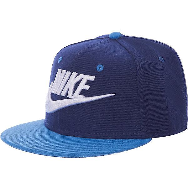 Кепка NIKEЛетние<br>Характеристики товара:<br><br>• цвет: синий/голубой;<br>• коллекция: Nike Futura True;<br>• материал: полиэстер 100%;<br>• стиль: спортивный;<br>• сезон: лето;<br>• рисунок: логотип;<br>• форма козырька: круглый;<br>• регулируемая застежка;<br>• страна бренда: США.<br><br>Стильная детская бейсболка NIKE прекрасно защитит от солнца в жаркий день. Качественная ткань Nike Dri-FIT способствует отведению влаги от тела. Оригинальная конструкция из шести панелей обеспечивает комфортную посадку, а отделка лентой изнутри для защиты от натирания. Модель снабжена перфорацией для лучшей воздухопроницаемости и застежками сзади для регулируемой посадки. <br><br>Бейсболка выполнена в яркой комбинации цветов с вышитым логотипом спереди, что придает ей по-настоящему спортивный стиль. Выполнена из качественных материалов, безвредных для детского здоровья, не требует бережного ухода, быстро сохнет, рекомендуется ручная стирка.<br><br>Бейсболку Nike Futura True можно купить в нашем интернет-магазине.<br>Ширина мм: 89; Глубина мм: 117; Высота мм: 44; Вес г: 155; Цвет: разноцветный; Возраст от месяцев: 168; Возраст до месяцев: 1188; Пол: Унисекс; Возраст: Детский; Размер: one size; SKU: 7741895;
