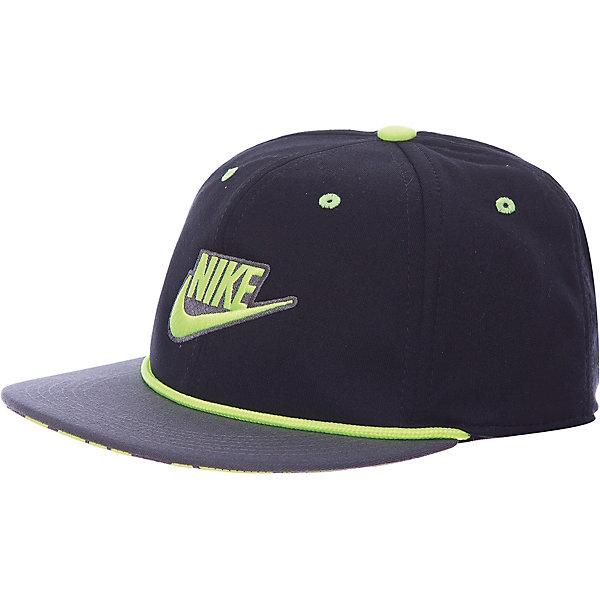 Кепка NIKEЛетние<br>Характеристики товара:<br><br>• цвет: серый/черный;<br>• модель: Nike Futura True;<br>• материал: полиэстер 100%;<br>• стиль: спортивный;<br>• сезон: лето;<br>• рисунок: логотип;<br>• форма козырька: круглый;<br>• регулируемая застежка;<br>• страна бренда: США.<br><br>Стильная детская бейсболка NIKE прекрасно защитит от солнца в жаркий день. Качественная ткань Nike Dri-FIT способствует отведению влаги от тела. Оригинальная конструкция из шести панелей обеспечивает комфортную посадку, а отделка лентой изнутри для защиты от натирания. Модель снабжена перфорацией для лучшей воздухопроницаемости и застежками сзади для регулируемой посадки. <br><br>Бейсболка выполнена в яркой комбинации цветов с вышитым логотипом спереди, что придает ей по-настоящему спортивный стиль. Выполнена из качественных материалов, безвредных для детского здоровья, не требует бережного ухода, быстро сохнет, рекомендуется ручная стирка.<br><br>Бейсболку Nike Futura True можно купить в нашем интернет-магазине.<br>Ширина мм: 89; Глубина мм: 117; Высота мм: 44; Вес г: 155; Цвет: разноцветный; Возраст от месяцев: 168; Возраст до месяцев: 1188; Пол: Унисекс; Возраст: Детский; Размер: one size; SKU: 7741941;