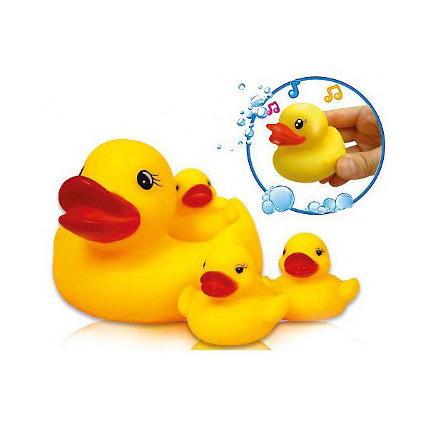 Игрушка для ванной Bebelino Утиная семьяИгрушки для ванной<br>Характеристики товара:<br><br>• возраст: от 0 месяцев;<br>• пол: для мальчиков и девочек;<br>• цвет: желтый;<br>• комплект: 4 уточки;<br>• из чего сделана игрушка (состав): резина;<br>• размер упаковки: 19,5х9,5х14,5 см.;<br>• вес: 166 гр.;<br>• упаковка: сетка;<br>• страна обладатель бренда: Великобритания.<br><br>Набор игрушек для ванны «Утиная семья» от Bebelino состоит из большой мамы-утки и 3 маленьких птенцов. <br><br>Утят можно разместить на спине у мамы, но они могут плавать и самостоятельно. <br><br>Ярко-желтые птицы с красными клювами забавно пищат.<br><br>Обычное купание с такими игрушками превратится в веселую игру и доставит удовольствие малышу.<br><br>Набор игрушек для ванны «Утиная семья» можно купить в нашем интернет-магазине.<br>Ширина мм: 195; Глубина мм: 95; Высота мм: 145; Вес г: 166; Цвет: разноцветный; Возраст от месяцев: 9; Возраст до месяцев: 2147483647; Пол: Унисекс; Возраст: Детский; SKU: 7753460;