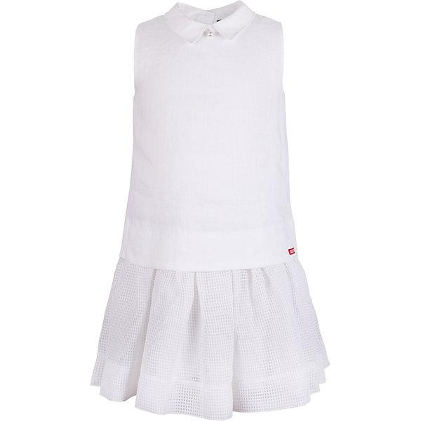 Платье Gulliver для девочкиОдежда<br>Платье Gulliver для девочки<br>Белое платье без рукавов легкого трапециевидного силуэта - тренд сезона Весна/Лето 2018! Платье смотрится потрясающе и, наверняка, понравится девочке, которая хочет быть модной! Новизна и оригинальность модели - в благородном сочетании двух фактур. Лен и крупная сетка - идеальный тандем, делающий платье выразительным и интересным. Акцент модели - воротник, оформленный жемчужными бусами. Если вы хотите купить платье для девочки, которое станет украшением летнего гардероба, платье из коллекции Коралловый остров - прекрасный вариант.<br>Состав:<br>верх: 100% лён; подкладка: 100% хлопок<br>Ширина мм: 236; Глубина мм: 16; Высота мм: 184; Вес г: 177; Цвет: белый; Возраст от месяцев: 24; Возраст до месяцев: 36; Пол: Женский; Возраст: Детский; Размер: 98,116,110,104; SKU: 7788976;