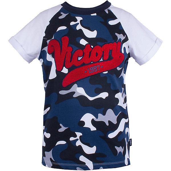 Футболка Gulliver для мальчикаФутболки, поло и топы<br>Характеристики товара:<br><br>• цвет: синий;<br>• состав ткани: 100% хлопок;<br>• сезон: лето;<br>• с коротким рукавом;<br>• футболка с надписью;<br>• футболка с принтом в стиле хаки;<br>• коллекция: Команда 1997;<br>• страна бренда: Россия.<br><br>Классная, стильная, динамичная... Эта футболка, построенная на сочетании однотонного трикотажа и трикотажа с модным камуфляжным рисунком, выглядит ярко и привлекательно! Оригинальный декор, выполненный в технике объемной вышивки придает модели индивидуальные черты и делает ее острой и запоминающейся.<br><br>Футболку Gulliver (Гулливер) можно купить в нашем интернет-магазине.<br>Ширина мм: 199; Глубина мм: 10; Высота мм: 161; Вес г: 151; Цвет: разноцветный; Возраст от месяцев: 72; Возраст до месяцев: 84; Пол: Мужской; Возраст: Детский; Размер: 122,140,134,128; SKU: 7789528;