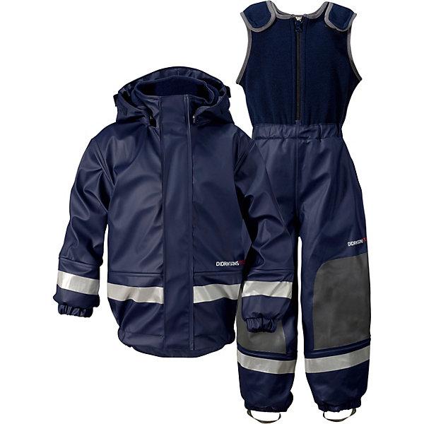 Комплект: куртка и полукомбинезон BOARDMAN DIDRIKSONS1913Верхняя одежда<br>Характеристики товара:<br><br>• цвет: синий;<br>• внешняя ткань: 100% полиуретан; <br>• подкладка: 100% полиэстер трикотаж (флис);<br>• водонепроницаемость: 8000 мм.<br>• паропроводимость: 4000 г/м2/24ч <br>• температурный режим: от -3С до +10С;<br>• сезон: демисезон;<br>• спецобработка внутренних поверхностей;<br>• полная защита  тела верхней и нижней  частей тела;<br>• 4-х-сторонний стретч, эластичный трикотаж;<br>• съемный капюшон;<br>• регулируемый  капюшон;<br>• регулировка жилетки;<br>• защита для подбородка;<br>• светоотражатели;<br>• петли для ботинок;<br>• области одежды с усиленной  защитой;<br>• фронтальная молния под планкой;<br>• страна бренда: Швеция.<br><br>Водонепроницаемый (прорезиненный), ветронепродуваемый костюм «BOARDMAN» от производителя DIDRIKSONS1913 - отличный вариант для игр на улице  в ненастные дни, так как он сделан из специального прорезиненного материала. В нем можно играть в лужах и мокром снеге ранней осенью и поздней весной, не боясь при этом промокнуть. <br><br>Комбинезон выполнен из полиуретана, швы запаяны, подкладка из флиса. Большое количество функциональных деталей: съемный регулируемый капюшон, застежка-молния с защитой подбородка, регулируемый верх туловища,  штрипки на ботинки, светоотражающие нашивки для безопасности.<br><br>Костюм Boardman от DIDRIKSONS был признан самым прочным среди 12 других марок одежды от дождя в тесте, который проводился в мае-июне шведским журналом Vi F?r?ldrar. Хорошая одежда от дождя должна еще отлично защищать от слякоти и грязи.  Костюм Boardman с теплой подкладкой из флиса рассчитан на прохладную погоду. В коллекции одежды для детей представлены также изделия из полиуретана без подкладки и водонепроницаемых тканей, и каждое изделие протестировано в  лаборатории компании DIDRIKSONS.  <br><br>Костюм «BOARDMAN» от бренда DIDRIKSONS1913 (Дидриксон1913) можно купить в нашем интернет-магазине.<br>Ширина мм: 356; Глубина мм: 1