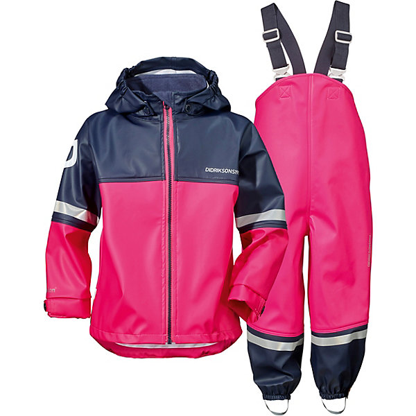 Непромокаемый комплект: куртка и брюки WATERMAN DIDRIKSONS1913Верхняя одежда<br>Характеристики товара:<br><br>• цвет: фуксия;<br>• внешняя ткань: 100% полиуретан; <br>• подкладка: 100% полиэстер трикотаж (флис);<br>• водонепроницаемость: 8000 мм.<br>• паропроводимость: 4000 г/м2/24ч <br>• температурный режим: от 0 до +15С;<br>• сезон: демисезон;<br>• спецобработка внутренних поверхностей;<br>• полная защита  тела верхней и нижней  частей тела;<br>• 4-х-сторонний стретч, эластичный трикотаж;<br>• съемный капюшон;<br>• регулируемый  капюшон;<br>• флисовая поддева;<br>• защита для подбородка;<br>• светоотражатели;<br>• петли для ботинок;<br>• области одежды с усиленной  защитой;<br>• фронтальная молния под планкой;<br>• страна бренда: Швеция.<br><br>Водонепроницаемый (прорезиненный), ветронепродуваемый костюм «WATERMAN» от производителя DIDRIKSONS1913 - этот костюм универсальная защита от ветра и дождя и потому очень любим родителями во всем мире, а дети чувствуют себя свободными и счастливыми, потому что они могут залезть в любую лужу и мы их не останавливаем, если ребенок одет в костюм Didriksons WATERMAN. <br><br>Зима бывает слякотной и полукомбинезон от этого костюма можно одеть на комбинезон сверху. Осень дождливая и ветряная, поэтому костюм до +7 носим с колготками и толстовкой, а после температуры ниже +7 надеваем флисовую поддеву и ваш ребенок может заниматься любыми играми в любую погоду до нуля. Летом, на улице дождь, но ведь это не повод сидеть дома и потому надеваем носки и футболку с длинными рукавами, а сверху одеваем костюм Didriksons с защитой от дождя и идем прыгать по лужам.<br><br>Костюм «WATERMAN» от бренда DIDRIKSONS1913 (Дидриксон1913) можно купить в нашем интернет-магазине.<br>Ширина мм: 356; Глубина мм: 10; Высота мм: 245; Вес г: 519; Цвет: фуксия; Возраст от месяцев: 5; Возраст до месяцев: 12; Пол: Унисекс; Возраст: Детский; Размер: 90,80,70,140,130,120,110,100; SKU: 7797223;