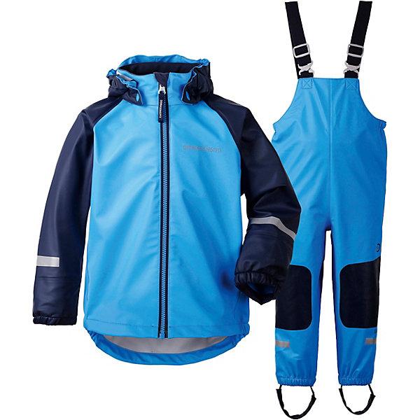 Непромокаемый комплект: куртка и полукомбинезон STORMMAN DIDRIKSONS1913Верхняя одежда<br>Характеристики товара:<br><br>• цвет: голубой;<br>• внешняя ткань: Galon 100% полиуретан; <br>• подкладка: 100% полиэстер трикотаж;<br>• водонепроницаемость: 8000 мм.<br>• паропроводимость: 4000 г/м2/24ч <br>• температурный режим: от +10 С;<br>• сезон: демисезон;<br>• спецобработка внутренних поверхностей;<br>• полная защита  тела верхней и нижней  частей тела;<br>• 4-х-сторонний стретч, эластичный трикотаж;<br>Куртка: <br>• капюшон отстегивается с помощью кнопок;<br>• защита подбородка от защемления;<br>• манжеты на резинке, светоотражающие элементы;<br>Брюки: <br>• регулируемые лямки;<br>• подол штанин на резинке; <br>• регулируется кнопкой;<br>• трикотажные регулируемые штрипки;<br>• вставки из материала повышенной прочности;<br>• страна бренда: Швеция.<br><br>Водонепроницаемый (прорезиненный), ветронепродуваемый костюм «STORMMAN» от производителя DIDRIKSONS1913 выполнен из непромокаемого и не продуваемого запатентованного материала Galon (полиуретан), который тянется во всех направлениях и не сковывает движения ребенка. А модель STORMMAN дополнена прочными вставками в самых уязвимых местах, теперь ребенок не только не промокнет, но и не повредит комплект при активной эксплуатации. <br><br>Прорезиненная одежда - отличный вариант для игр на улице в дождь и слякоть и будет незаменим в ненастную погоду. Комплект можно носить как самостоятельную одежду при температуре от +10 до +20 градусов или использовать как защитную одежду, надевая поверх обычной верхней одежды в любую погоду. <br><br>Костюм «STORMMAN» от бренда DIDRIKSONS1913 (Дидриксон1913) можно купить в нашем интернет-магазине.<br>Ширина мм: 356; Глубина мм: 10; Высота мм: 245; Вес г: 519; Цвет: синий; Возраст от месяцев: 12; Возраст до месяцев: 15; Пол: Унисекс; Возраст: Детский; Размер: 80,130,120,110,100,90; SKU: 7797421;