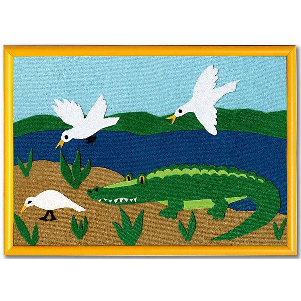 Набор STIGIS Аппликация Крокодил с рамкой, 30х21Бумага<br>Характеристики:<br><br>• набор для творчества;<br>• аппликация из ткани;<br>• тема набора: животные;<br>• способ крепления: готовый рисунок прижать утюгом;<br>• материал: специальная ткань Stigis-textile;<br>• ткань хорошо режется и не сечется;<br>• размер рамки: 21х30 см;<br>• размер упаковки: 32х22х2 см;<br>• вес: 215 г.<br><br>Комплектация набора: <br><br>• фон для картинки 21х30 см, <br>• ткань различных расцветок с уникальным термоклеевым слоем, <br>• выкройка, <br>• рамка, <br>• инструкция.<br><br>Зубастый крокодил выходит на берег, но он не кусается и не нападает. Сказочный персонаж из набора Стигис хочет подружиться с малышом – прыгнуть в рамку и пестреть на стене в детской. <br><br>Аппликация-картинка изготавливается из ткани. Детали для создания аппликации вырезаются из ткани по контурам, на цветном фоне формируется композиция. Далее необходимо прижать готовую картинку утюгом – элементы с термоклеевой основой плотно прилегают друг к другу. Красочная аппликация помещается в рамку. <br><br>Набор STIGIS «Аппликация Крокодил» с рамкой,  21х30  можно купить в нашем интернет-магазине.<br>Ширина мм: 220; Глубина мм: 310; Высота мм: 15; Вес г: 180; Возраст от месяцев: 84; Возраст до месяцев: 2147483647; Пол: Унисекс; Возраст: Детский; SKU: 7905677;