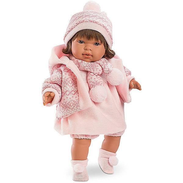 Кукла Llorens Карла 42 см со звукомКуклы<br>Характеристики:<br><br>• тип игрушки: кукла;<br>• возраст: от 3 лет;<br>• материал: ПВХ, текстиль, полиэфирное волокно;<br>• цвет: розовый;<br>• высота куклы: 42 см;<br>• вес: 1,2 кг;<br>• размер: 47х15х24 см;<br>• страна бренда: Испания;<br>• бренд: Llorens.<br><br>Кукла Llorens «Карла» 42 см со звуком выглядит совсем как настоящий младенец. У неё мягконабивное тельце из нежного винила – очень приятного на ощупь материала. Пожалуй, лучшего подарка для маленькой принцессы и придумать нельзя.<br><br>Кукла от Llorens отличается необычайной реалистичностью. У шатенки Карлы пухлые щёчки и губки, выразительные глазки и шелковистые волосы с аккуратной чёлкой. Каждая деталь проработана очень чётко. Ваша дочка будет в восторге не только от внешнего вида, но и от наряда своей новой подружки. Малышка одета в розовое вязаное платьице с расклешённой юбочкой. Для тепла на ней надета курточка с капюшоном цвета пыльной розы со скандинавским орнаментом. Комплект дополняют уютные шарфик, шапочка и носочки в тон основной одежде.  <br><br>Главный секрет Карлы кроется  в очаровательной белой пустышке на цепочке. Стоит вытащить её изо рта – и кукла заплачет. К тому же она умеет говорить главные для любого младенца слова – мама и папа. Благодаря специальной прищепке для одежды можно не беспокоиться, что соска потеряется.<br><br>Куклу Llorens «Карла» 42 см со звуком можно купить в нашем интернет-магазине.<br>Ширина мм: 47; Глубина мм: 15; Высота мм: 24; Вес г: 1170; Возраст от месяцев: 36; Возраст до месяцев: 72; Пол: Женский; Возраст: Детский; SKU: 7905762;