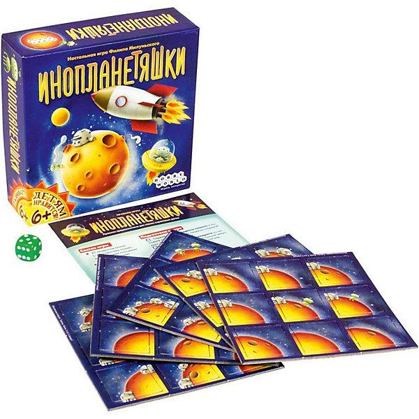 Hobby World 1527 ИнопланетяшкиНастольные игры для всей семьи<br>Характеристики:<br><br>• тип игрушки: игра;<br>• возраст: от 6 лет;<br>• материал: картон;<br>• комплектация: 45 квадратов планет; кубик; правила игры;<br>• время игры: от 20 мин;<br>• количество игроков: 2-4 человек;<br>• вес: 180 гр;<br>• размер: 13х13х4 см;<br>• страна бренда: Россия;<br>• бренд: Hobby World.<br><br>Игра Hobby World «Инопланетяшки» предназначена для детей от шести лет, любящих межпланетные путешествия и космические полёты. По правилам, игрокам предстоят полёты на неизведанные планеты и строительство на них космических станций. А милые и дружелюбные инопланетяшки будут в этом помогать! Нехитрые правила игры и красочные карточки увлекут детей, а также помогут научиться считать и продумывать шаги наперёд.<br><br>Игру Hobby World «Инопланетяшки» можно купить в нашем интернет-магазине.<br>Ширина мм: 130; Глубина мм: 130; Высота мм: 40; Вес г: 179; Возраст от месяцев: 72; Возраст до месяцев: 2147483647; Пол: Унисекс; Возраст: Детский; SKU: 7906241;