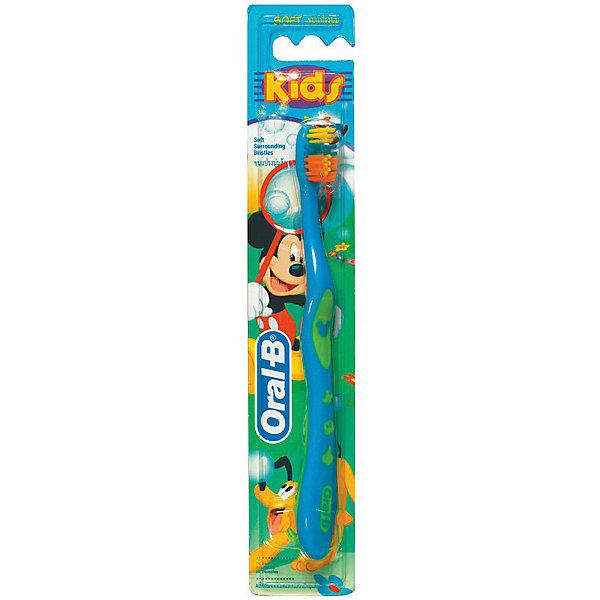 Детская зубная щетка Oral-B Mickey for Kids от 3 лет, синяяЗубные щетки<br>Характеристики:<br><br>• цвет: синий;<br>• зубная щетка для детей старше 3 лет;<br>• мягкая щетина;<br>• цветные щетинки;<br>• головка в виде чашечки;<br>• цвет: синий.<br><br>Зубная щетка для детей оформлена в стиле героев Дисней. Чашеобразная головка охватывает и очищает каждый зуб. Закругленная щетина не травмирует детские зубы и десны. Цветные щетинки обесцвечиваются – показывают, что пора сменить зубную щетку. Широкая нескользящая ручка удобна для ребенка. Щетка устойчива на поверхности.<br><br>Детская зубная щетка Oral-B «Mickey For Kids» от 3 лет, синяя можно купить в нашем интернет-магазине.<br>Ширина мм: 42; Глубина мм: 18; Высота мм: 228; Вес г: 18; Цвет: синий; Возраст от месяцев: 36; Возраст до месяцев: 72; Пол: Унисекс; Возраст: Детский; SKU: 7911656;