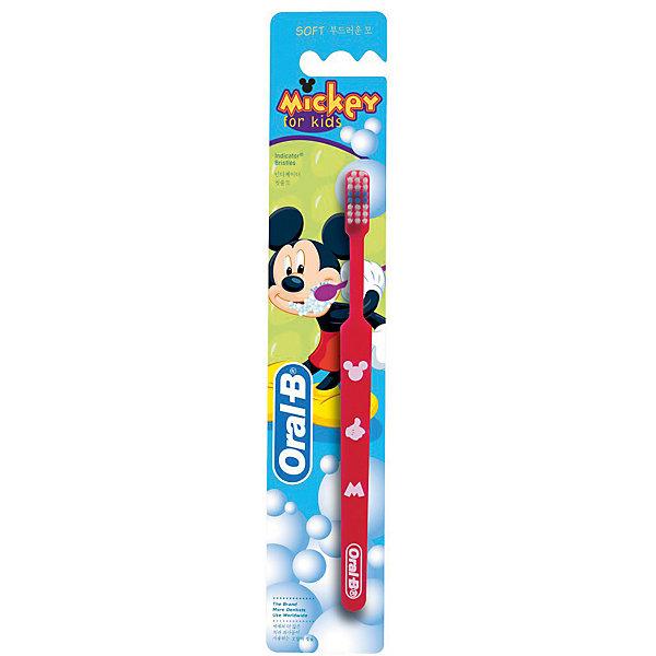 Детская зубная щетка Oral-B Mickey for Kids от 3 лет, краснаяЗубные щетки<br>Характеристики:<br><br>• цвет: красный;<br>• зубная щетка для детей старше 3 лет;<br>• мягкая щетина;<br>• цветные щетинки;<br>• головка в виде чашечки;<br>• цвет: красный.<br><br>Зубная щетка для детей оформлена в стиле героев Дисней. Чашеобразная головка охватывает и очищает каждый зуб. Закругленная щетина не травмирует детские зубы и десны. Цветные щетинки обесцвечиваются – показывают, что пора сменить зубную щетку. Широкая нескользящая ручка удобна для ребенка. Щетка устойчива на поверхности.<br><br>Детская зубная щетка Oral-B «Mickey For Kids» от 3 лет, красная можно купить в нашем интернет-магазине.<br>Ширина мм: 42; Глубина мм: 18; Высота мм: 228; Вес г: 14; Цвет: красный; Возраст от месяцев: 36; Возраст до месяцев: 72; Пол: Унисекс; Возраст: Детский; SKU: 7911682;