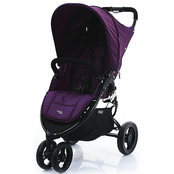 Прогулочная коляска Valco baby Snap / Deep purpleПрогулочные коляски<br>Прогулочная трехколесная коляска Valco baby Snap современного дизайна станет верной помощницей на несколько лет.<br><br>Широкое и комфортное сиденье.<br>Спинка опускается до горизонтального положения при помощи ременного механизма.<br>На пятиточечных ремнях безопасности есть мягкие накладки. Ремни регулируются по длине.<br>Прогулочная коляска маневренная, благодаря трем колесам.<br>Переднее колесо поворачивается на 360 градусов. Оно двойное для прочности.<br>Все колеса резиновые, бескамерные.<br>Складывается книжкой.<br>В сложенном виде не только компактная, но и может стоять без опоры. Ее можно переносить, держа за специальную ручку.<br>Родительская ручка сплошная. Она приятная на ощупь, не скользит.<br>Бампер очень удобный, так как отстегивается, чтобы малыша удобнее было сажать в коляску.<br>Козырек большой. У него есть смотровое окошко, которое открывается после расстегивания молнии.<br>Есть вместительная корзина, в которую удобно складывать вещи.<br>Чехлы сшиты из прочной и практичной ткани, съемные и легко очищаются от загрязнений.<br>Возможность установки автокресла при помощи Адаптера Maxi Cosi / Snap &amp; Snap 4.<br>Максимальная нагрузка: 20 кг.<br>Размеры в разложенном виде: 95?54?104 см.<br>Размеры в сложенном виде: 81?54?31 см.<br>Размеры сиденья: 34?48?22 см.<br>Ширина мм: 464; Глубина мм: 184; Высота мм: 787; Вес г: 8645; Цвет: фиолетовый; Возраст от месяцев: 0; Возраст до месяцев: 3; Пол: Унисекс; Возраст: Детский; SKU: 7922907;