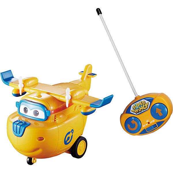 Радиоуправляемая фигурка Auldey Супер Крылья ДонниФигурки из мультфильмов<br>Характеристики товара:<br><br>• возраст: от 3 лет;<br>• цвет: желтый;<br>• комплект: самолет пульт;<br>• наличие батареек: не входят в комплект;<br>• тип батареек: 5 x AAA / LR0.3 1.5V (мизинчиковые);<br>• материал: пластик, металл;<br>• упаковка: картонная коробка открытого типа;<br>• размер упаковки: 28 x 20 x 16 см..;<br>• вес: 680 гр.;<br>• наименование бренда: Auldey Toys, Великобритания;<br><br>Радиоуправляемый самолет «Донни» из серии «Супер крылья» от Audley Toys привлечет внимание и порадует маленьких поклонников знаменитого мультика. Данная игрушка представляет точную копию персонажа этого мульта самолета Донни. Он очень ответственный, но наивный и легко всему доверяет. Поэтому порой у друзей случаются сложности, но друзья всегда находят правильное решение проблем.<br><br>Теперь ребенок может инсценировать полюбившиеся сюжеты, обладая такой игрушкой, которая у него не останется без внимания благодаря своей реалистичности. А дистанционное управление и световые и звуковые эффекты приведут малыша в полный восторг. На удобном для детской ручки пульте расположены две кнопки вперед и разворот, который осуществляется на полные 360 градусов.<br><br>Радиоуправляемый самолет «Донни» из серии «Супер крылья» от Audley Toys можно купить в нашем интернет-магазине.<br>Ширина мм: 280; Глубина мм: 160; Высота мм: 200; Вес г: 687; Возраст от месяцев: 12; Возраст до месяцев: 3; Пол: Мужской; Возраст: Детский; SKU: 7923212;