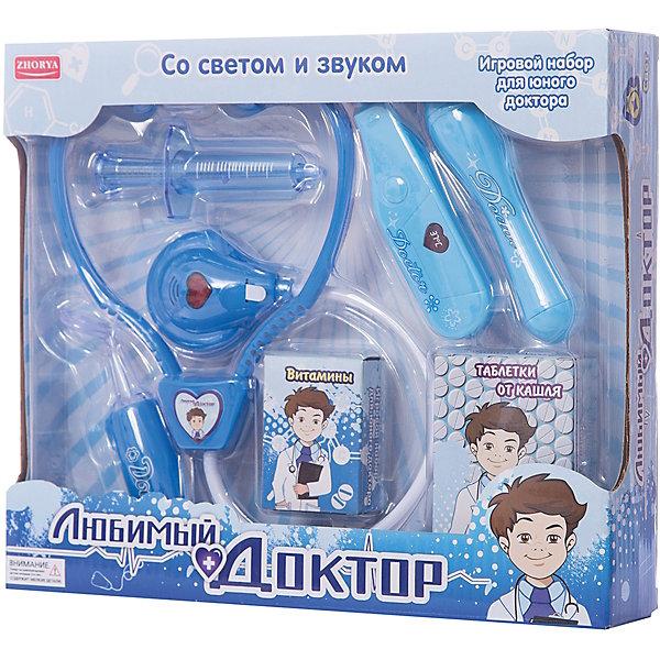 Игровой набор Zhorya Любимый доктор 7 предметов, с витаминами, (свет, звук)Наборы доктора и ветеринара<br>Характеристики:<br><br>• возраст: 3+;<br>• материал: пластик;<br>• комплект: 5 игрушечных медицинских инструментов, 2 вида медикаментов;<br>• размеры: 24х5,5х16 см;<br>• вес: 329 г;<br>• питание: от батареек.<br><br>Детский игровой набор для юного доктора очень понравится девочкам и мальчикам. В игровом наборе есть все, что нужно маленькому врачу. Играя с таким набором, ребенок сможет получить первые представления о работе врача, об основных медицинских процедурах. <br><br>Также эта игрушка очень поможет детям, которые боятся походов к докторам. Разыгрывая интересные сюжеты в роли доктора, малыши постепенно избавятся от своих страхов.<br><br>Набор оснащен световыми и звуковыми эффектами.<br><br>Игровой набор с витаминами «Любимый доктор» (свет, звук), Zhorya можно приобрести в нашем интернет-магазине.<br>Ширина мм: 240; Глубина мм: 55; Высота мм: 160; Вес г: 329; Возраст от месяцев: 36; Возраст до месяцев: 2147483647; Пол: Мужской; Возраст: Детский; SKU: 7925535;