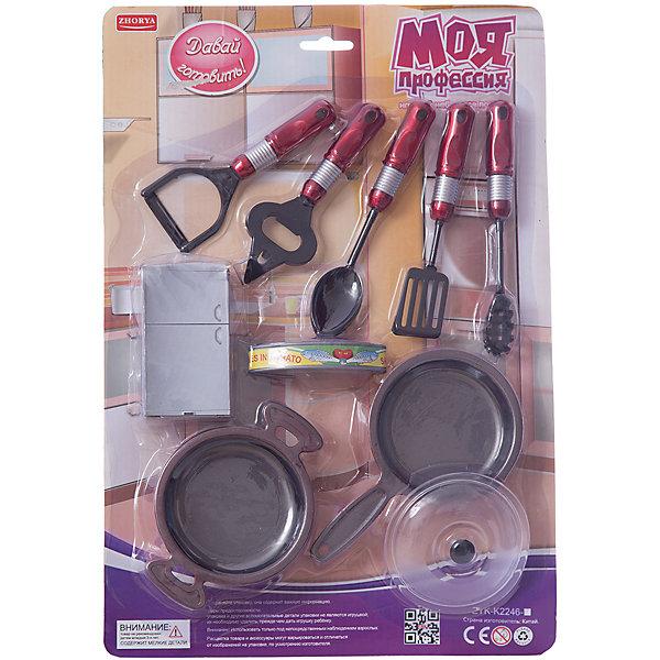 Игровой набор повара Zhorya Моя профессия, со сковородкойДетские кухни<br>Характеристики:<br><br>• возраст: 3+;<br>• материал: пластик;<br>• в комплекте: кастрюлька, сковородка, кухонные принадлежности;<br>• размеры: 25,7х3,5х38 см;<br>• вес: 261 г.<br><br>Детский игровой набор очень понравится девочкам и мальчикам. В нем есть все, что нужно маленькой хозяйке для приготовления обеда. Малыши с удовольствием устроят игру на импровизированной кухне.<br><br>В игровой форме можно научить ребенка делать вести домашнее хозяйство, готовить. Все предметы из набора можно использовать в качестве счетного материала, изучать их назначение, форму, структуру, цвет.<br><br>Игровой набор повара «Моя профессия» (со сковородкой), Zhorya можно приобрести в нашем интернет-магазине.<br>Ширина мм: 257; Глубина мм: 35; Высота мм: 380; Вес г: 187; Возраст от месяцев: 36; Возраст до месяцев: 2147483647; Пол: Женский; Возраст: Детский; SKU: 7925589;