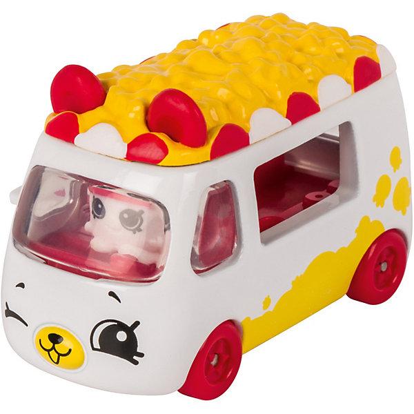 Игровой набор Moose Cutie Car Машинка с мини-фигуркой Shopkins, Popcorn MoviegoerКоллекционные фигурки<br>Характеристики:<br><br>• возраст: от 5 лет;<br>• материал: пластик;<br>• в наборе: 1 машинка Cutie Car, фигурка водителя мини-Shopkins, брошюра коллекционера;<br>• вес упаковки: 90 гр.;<br>• размер упаковки: 16х4,5х10,5 см;<br>• страна бренда: Австралия.<br><br>Набор из коллекции Shopkins Cutie Car от бренда Moose создан специально для девочек. Серия включает миловидные машинки в виде забавных животных, фруктов и десертов. К ним прилагаются соответствующие по дизайну фигурки Shopkins.<br><br>В этой линейке представлены кабриолеты, багги и внедорожники с откидной крышей, а также фургончики со сладостями. Собрав всю коллекцию, ребенок сможет устраивать заезды, придумывать сюжетные игры. Колеса игрушки подвижны. Выполнено из качественных безопасных материалов.<br><br>Машинку Cutie Car с мини-фигуркой Shopkins S1 в блистере в асс. можно купить в нашем интернет-магазине.<br>Ширина мм: 160; Глубина мм: 45; Высота мм: 105; Вес г: 90; Цвет: желтый; Возраст от месяцев: 60; Возраст до месяцев: 2147483647; Пол: Женский; Возраст: Детский; SKU: 7979608;