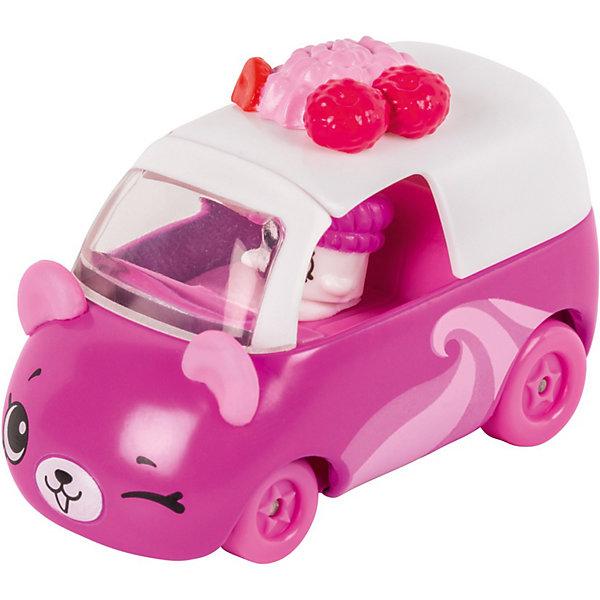 Игровой набор Moose Cutie Car Машинка с мини-фигуркой Shopkins, Frozen YocartКоллекционные фигурки<br>Характеристики:<br><br>• возраст: от 5 лет;<br>• материал: пластик;<br>• в наборе: 1 машинка Cutie Car, фигурка водителя мини-Shopkins, брошюра коллекционера;<br>• вес упаковки: 90 гр.;<br>• размер упаковки: 16х4,5х10,5 см;<br>• страна бренда: Австралия.<br><br>Набор из коллекции Shopkins Cutie Car от бренда Moose создан специально для девочек. Серия включает миловидные машинки в виде забавных животных, фруктов и десертов. К ним прилагаются соответствующие по дизайну фигурки Shopkins.<br><br>В этой линейке представлены кабриолеты, багги и внедорожники с откидной крышей, а также фургончики со сладостями. Собрав всю коллекцию, ребенок сможет устраивать заезды, придумывать сюжетные игры. Колеса игрушки подвижны. Выполнено из качественных безопасных материалов.<br><br>Машинку Cutie Car с мини-фигуркой Shopkins S1 в блистере в асс. можно купить в нашем интернет-магазине.<br>Ширина мм: 160; Глубина мм: 45; Высота мм: 105; Вес г: 90; Цвет: розовый; Возраст от месяцев: 60; Возраст до месяцев: 2147483647; Пол: Женский; Возраст: Детский; SKU: 7979630;
