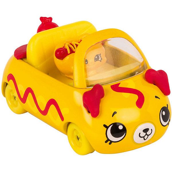 Игровой набор Moose Cutie Car Машинка с мини-фигуркой Shopkins, Hotdog HotrodКоллекционные фигурки<br>Характеристики:<br><br>• возраст: от 5 лет;<br>• материал: пластик;<br>• в наборе: 1 машинка Cutie Car, фигурка водителя мини-Shopkins, брошюра коллекционера;<br>• вес упаковки: 90 гр.;<br>• размер упаковки: 16х4,5х10,5 см;<br>• страна бренда: Австралия.<br><br>Набор из коллекции Shopkins Cutie Car от бренда Moose создан специально для девочек. Серия включает миловидные машинки в виде забавных животных, фруктов и десертов. К ним прилагаются соответствующие по дизайну фигурки Shopkins.<br><br>В этой линейке представлены кабриолеты, багги и внедорожники с откидной крышей, а также фургончики со сладостями. Собрав всю коллекцию, ребенок сможет устраивать заезды, придумывать сюжетные игры. Колеса игрушки подвижны. Выполнено из качественных безопасных материалов.<br><br>Машинку Cutie Car с мини-фигуркой Shopkins S1 в блистере в асс. можно купить в нашем интернет-магазине.<br>Ширина мм: 160; Глубина мм: 45; Высота мм: 105; Вес г: 90; Цвет: желтый; Возраст от месяцев: 60; Возраст до месяцев: 2147483647; Пол: Женский; Возраст: Детский; SKU: 7979706;