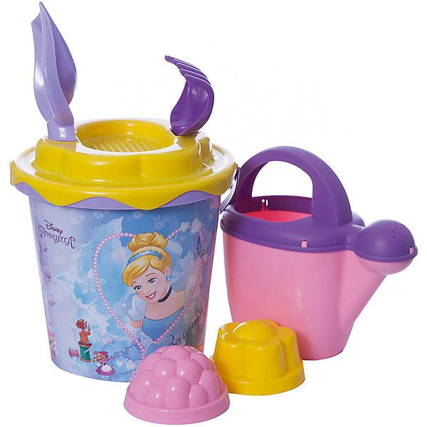 Набор игрушек для песочницы Полесье Принцессы Disney» № 12, 7 предметовПринцессы Дисней<br>Характеристики:<br><br>• возраст: от 3 лет;<br>• материал: пластик;<br>• комплектация: ведро с наклейкой, ситечко «Солнышко», лопатка №5, грабельки №5, 2 формочки, лейка №10;<br>• размер: 17,8х17,2х22,5 см;<br>• вес: 196 гр;<br>• упаковка: сетка;<br>• страна бренда: Беларусь;<br>• бренд: Полесье.<br><br>Набор «Принцесса» №12 развлечет целую группу детей — нескольких формочек и видов «копательных» инструментов, большого ведра с ситом хватит на всех. Детишки обожают играть в песок, значит, есть идея, как их занять. Набор легко моется, изготовлен он из пластмассы, не содержит токсичных веществ. Яркие наклейки на некоторых элементах набора привлекут внимание ребенка, заинтересуют в продолжении игры.<br> <br>Набор «Принцесса» №12 можно купить в нашем интернет-магазине.<br>Ширина мм: 200; Глубина мм: 190; Высота мм: 330; Вес г: 267; Цвет: разноцветный; Возраст от месяцев: 36; Возраст до месяцев: 2147483647; Пол: Женский; Возраст: Детский; SKU: 7992103;