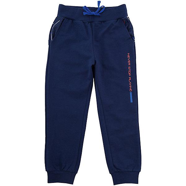 Брюки Original MarinesБрюки<br>Характеристики товара:<br><br>• цвет: темно-синий<br>• состав ткани: 100% хлопок<br>• подкладка: 100% полиэстер<br>• сезон: демисезон<br>• особенности модели: спортивный стиль<br>• талия: резинка, шнурок<br>• страна бренда: Италия<br><br>Спортивные брюки для ребенка сделаны из качественного материала. Детские брюки дополнены легкой подкладкой. Одежда для детей от итальянского бренда Original Marines - это стильный продуманный дизайн и неизменно высокое качество вещей. <br><br>Брюки Original Marines (Ориджинал Маринс) можно купить в нашем интернет-магазине.<br>Ширина мм: 215; Глубина мм: 88; Высота мм: 191; Вес г: 336; Цвет: темно-синий; Возраст от месяцев: 48; Возраст до месяцев: 60; Пол: Мужской; Возраст: Детский; Размер: 104/110,92/98,152/158,140/146,128/134,116/122; SKU: 8015653;