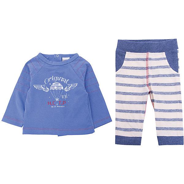 Комплект: футболка и брюки 3 Pommes для мальчикаКомплекты<br>Характеристики товара:<br><br>• цвет: синий<br>• комплектация: лонгслив, брюки<br>• состав ткани лонгслива: 100% хлопок<br>• состав ткани брюк: 77% хлопок, 2 3% полиэстер<br>• сезон: демисезон<br>• застежка: кнопки<br>• длинные рукава<br>• талия: резинка<br>• страна бренда: Франция<br><br>Удобный комплект для ребенка от популярного бренда 3 Pommes - это мягкий лонгслив и брюки. Комплект сделан из натурального хлопка, который не вызывает аллергии и прост в уходе. Этот комплект для детей украшен стильным принтом, который нравится мальчикам.<br><br>Комплект: лонгслив и брюки 3 Pommes (3 Поммис) для мальчика можно купить в нашем интернет-магазине.<br>Ширина мм: 199; Глубина мм: 10; Высота мм: 161; Вес г: 151; Цвет: синий; Возраст от месяцев: 0; Возраст до месяцев: 6; Пол: Мужской; Возраст: Детский; Размер: 60,80; SKU: 8274038;