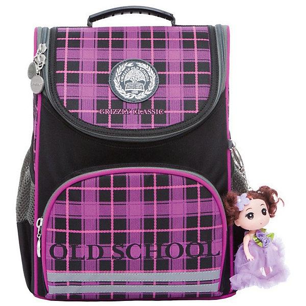 Рюкзак школьный Grizzly с мешком для обуви, чёрный/фиолетовыйРюкзаки<br>Характеристики:<br><br>• школьный рюкзак-ранец;<br>• жесткая анатомическая спинка;<br>• укрепленные лямки;<br>• дополнительная ручка-петля;<br>• замок: молния;<br>• откидное жесткое дно;<br>• вмещает формат А4;<br>• светоотражающие элементы;<br>• в комплекте: мешок для обуви;<br>• материал: полиэстер;<br>• размер рюкзака: 25х33х13 см;<br>• вес: 680 гр.<br><br>Школьный рюкзак Grizzly имеет одно отделение, объемный карман на молнии на передней стенке, боковые карманы из сетки, разделительную перегородку-органайзер, брелок-катафот, светоотражающие элементы с четырех сторон. Жесткая спинка разработана с учетом анатомии ребенка, позвоночник защищен специально сконструированной спинкой.<br><br>Grizzly Рюкзак школьный с мешком можно купить в нашем интернет-магазине.<br>Ширина мм: 250; Глубина мм: 130; Высота мм: 330; Вес г: 620; Цвет: фиолетовый; Возраст от месяцев: 72; Возраст до месяцев: 108; Пол: Женский; Возраст: Детский; SKU: 8317260;