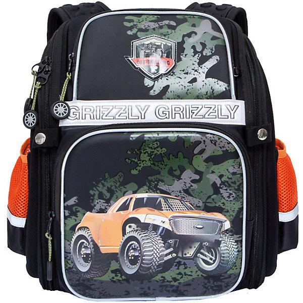 Рюкзак школьный Grizzly, чёрныйРюкзаки<br>Характеристики:<br><br>• формованный школьный рюкзак;<br>• жесткая анатомическая спинка;<br>• укрепленные лямки;<br>• лямки регулируются по длине и высоте; <br>• дополнительная ручка для переноски рюкзака в руках;<br>• замок: молния;<br>• жесткое дно;<br>• вмещает формат А4;<br>• светоотражающие элементы;<br>• материал: полиэстер;<br>• размер рюкзака: 28х36х20 см;<br>• вес: 990 гр.<br><br>Формованный школьный рюкзак Grizzly хорошо держит форму, имеет два отделения, в основном из которых находится еще три отдела.Внутренний отдел-органайзер: карманы для ручек, телефона, мелких предметов и держателем для ключей. Жесткая спинка разработана с учетом анатомии ребенка, позвоночник защищен специально сконструированной спинкой.<br><br>Grizzly Рюкзак каркасный школьный можно купить в нашем интернет-магазине.<br>Ширина мм: 300; Глубина мм: 70; Высота мм: 370; Вес г: 845; Цвет: черный; Возраст от месяцев: 72; Возраст до месяцев: 108; Пол: Мужской; Возраст: Детский; SKU: 8317396;